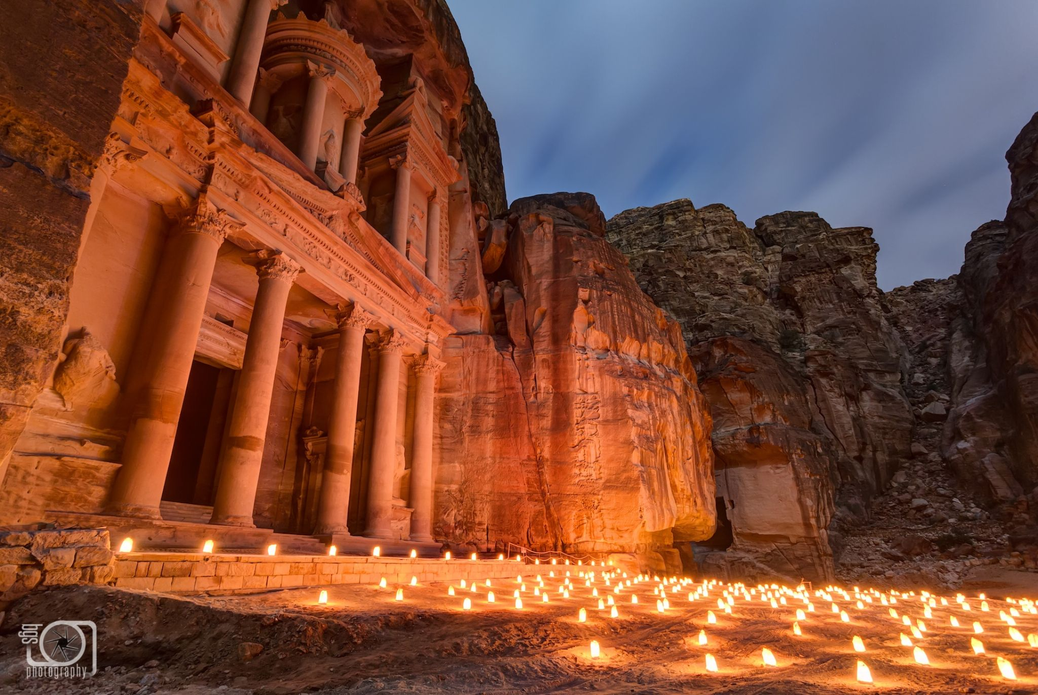 Petra by night by bgs Photography