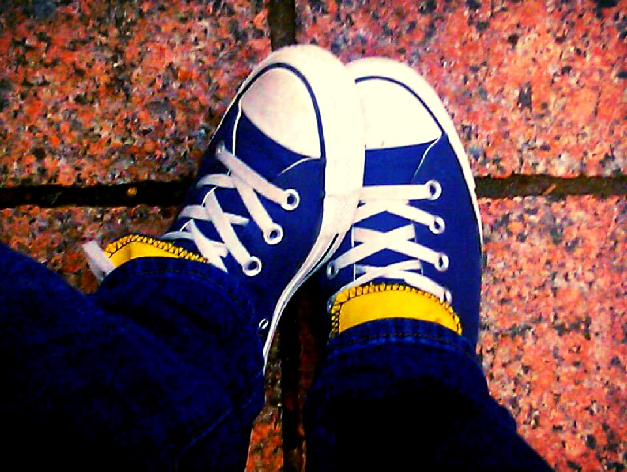 Converse Blues by kim.schulle