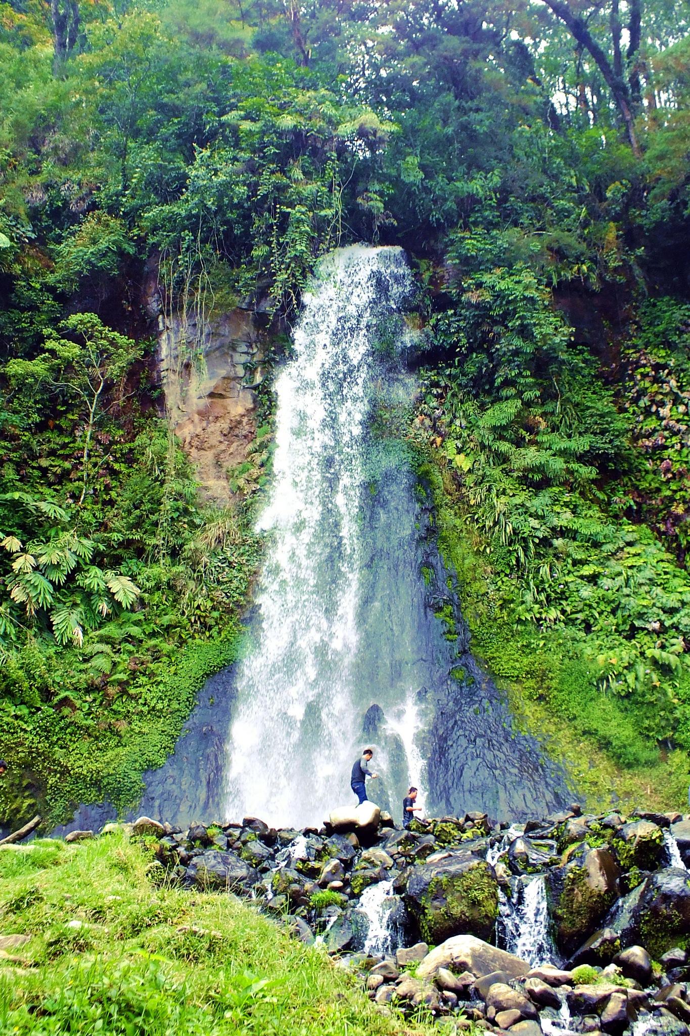 Cibeureum Waterfall by Firman OS