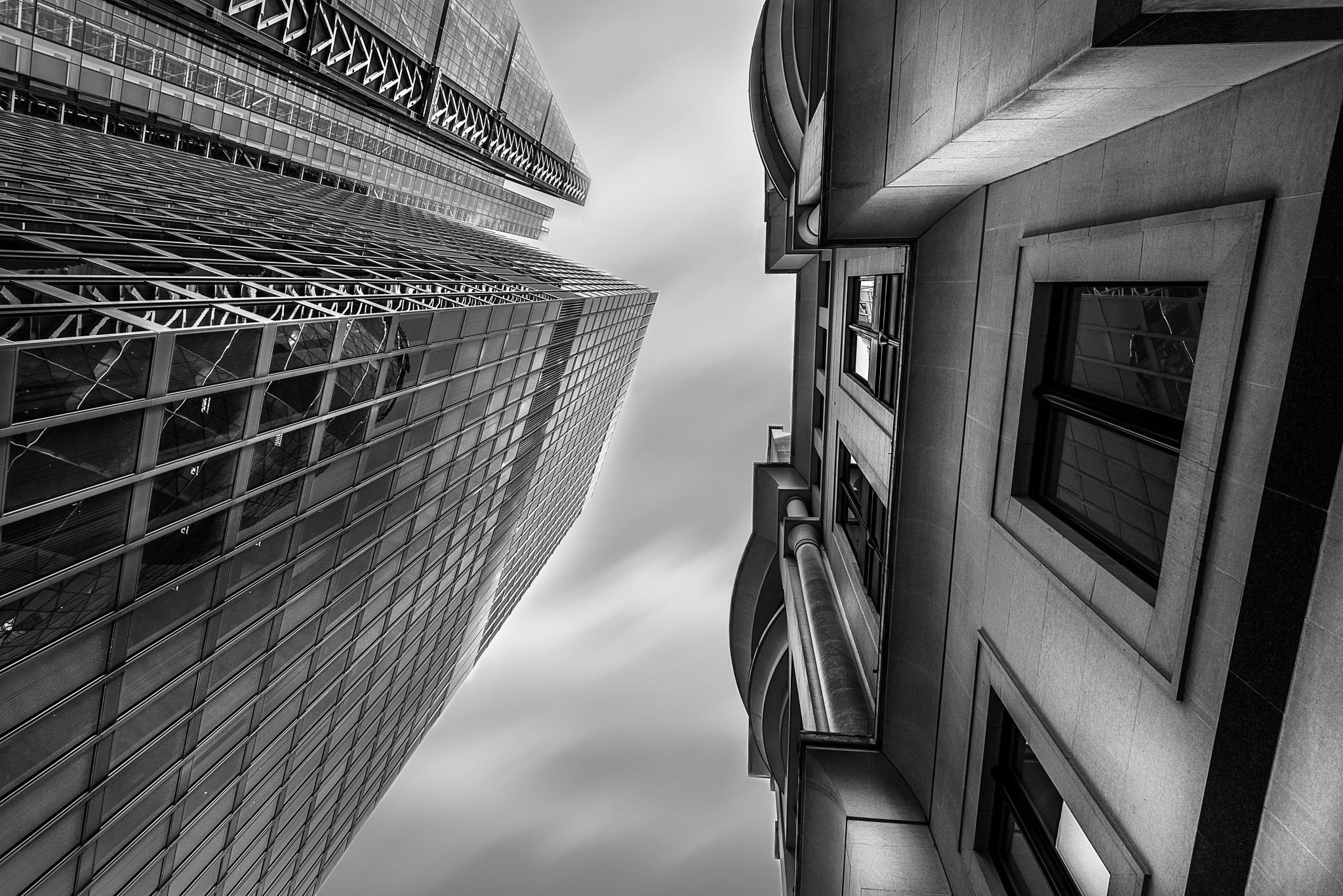 London skyward by Alec Hickman
