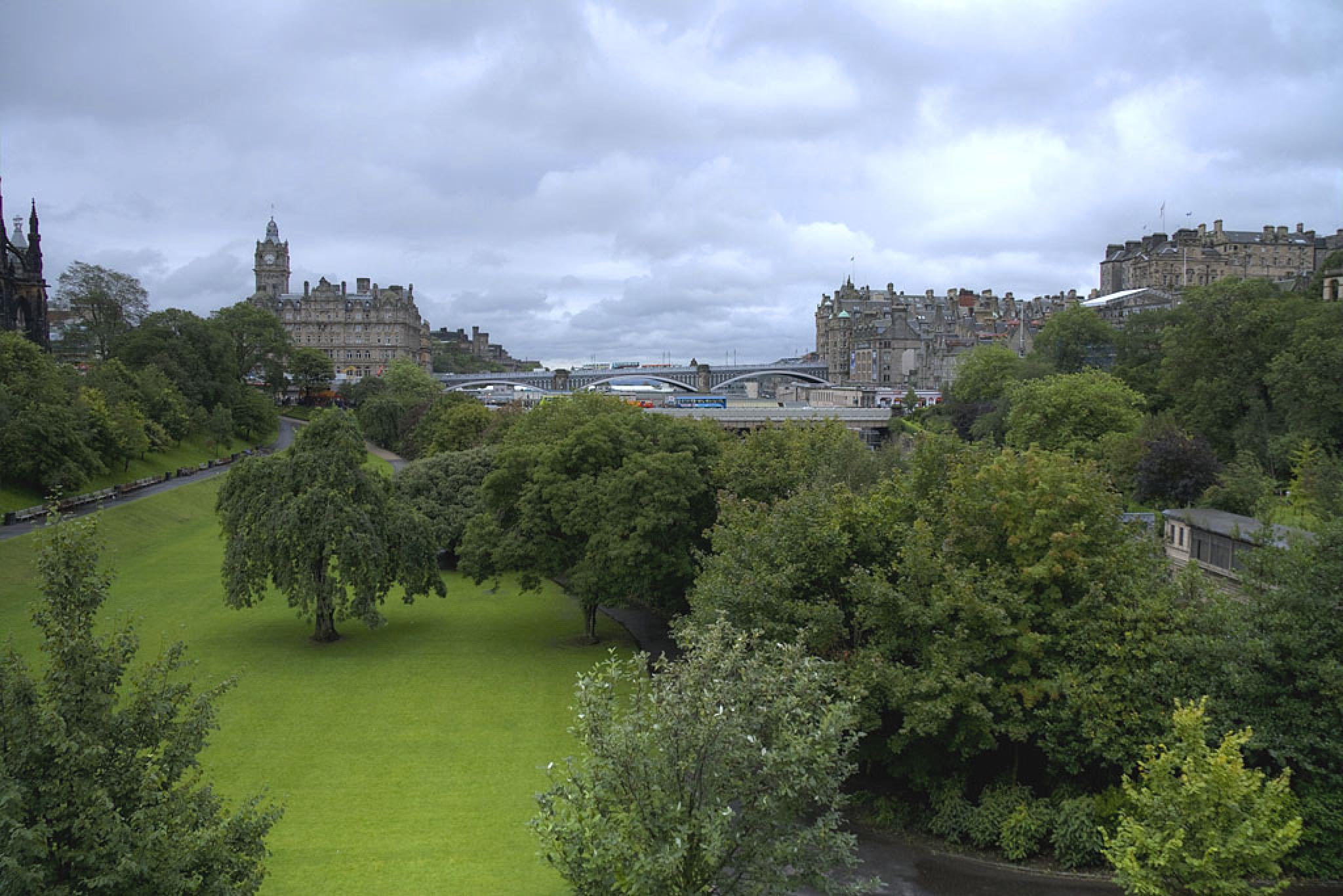 Edinburgh by harald.seiwert