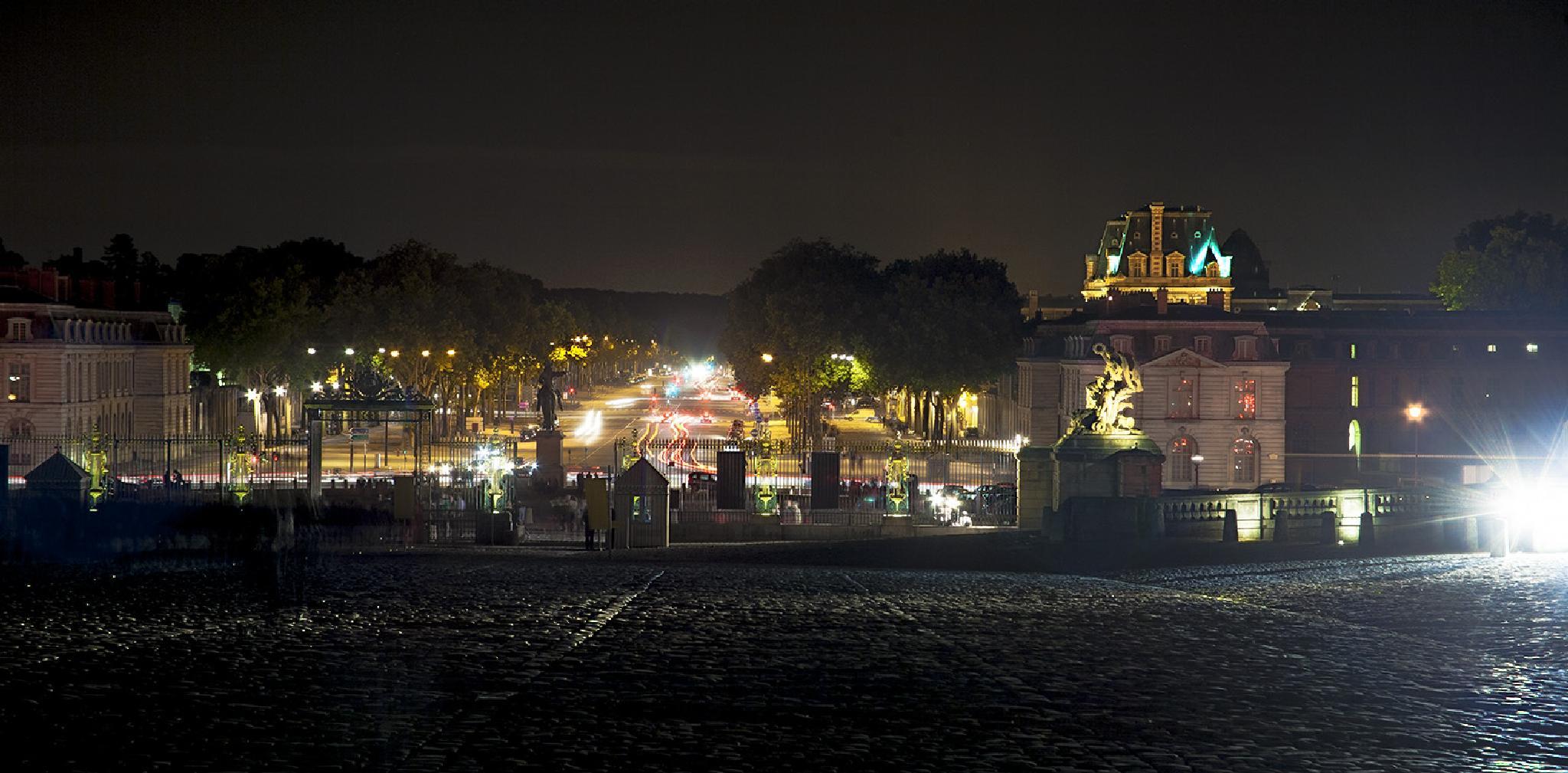 Versailles at Night by harald.seiwert