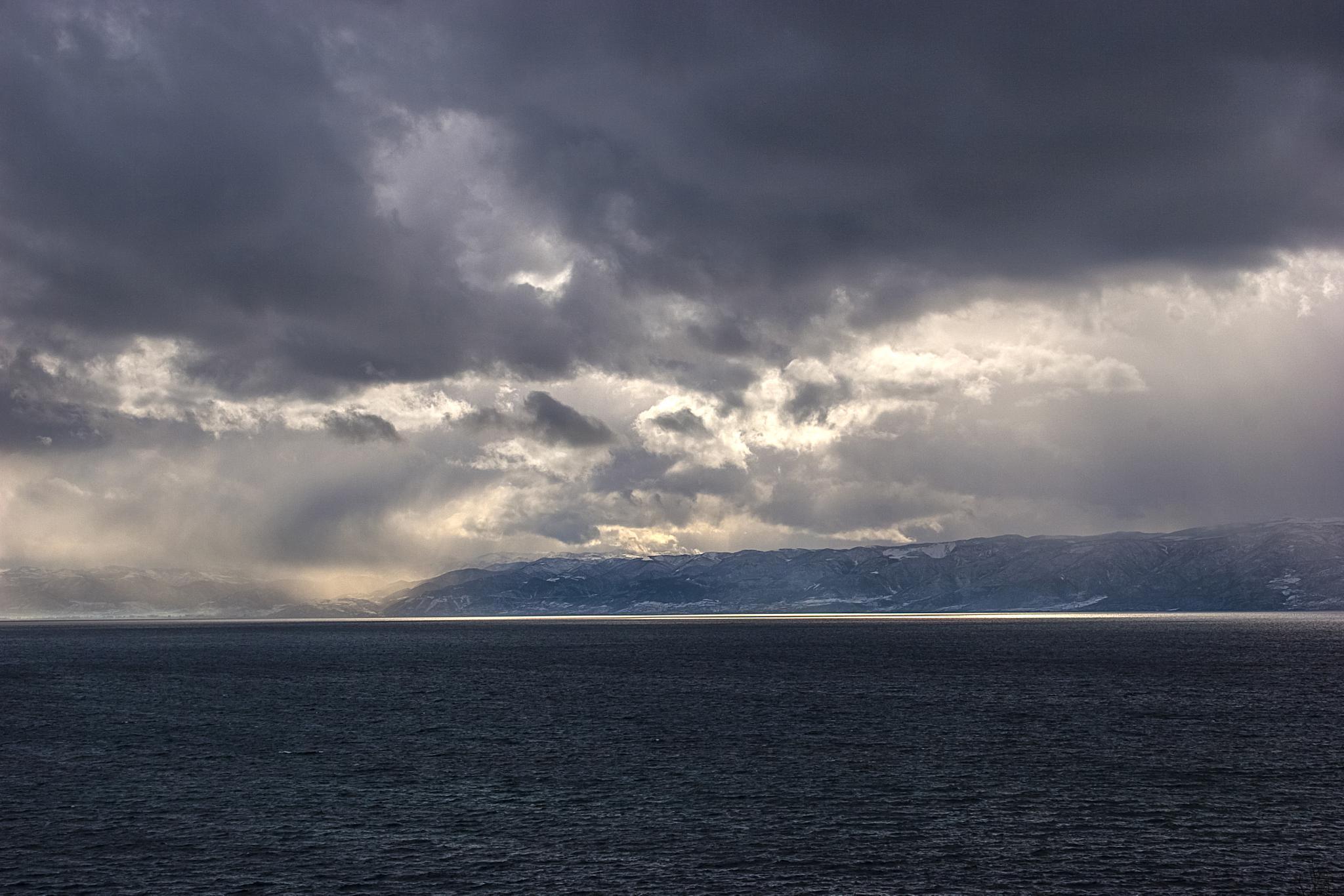 Ohrid Lake 3 by dimce.korunoski
