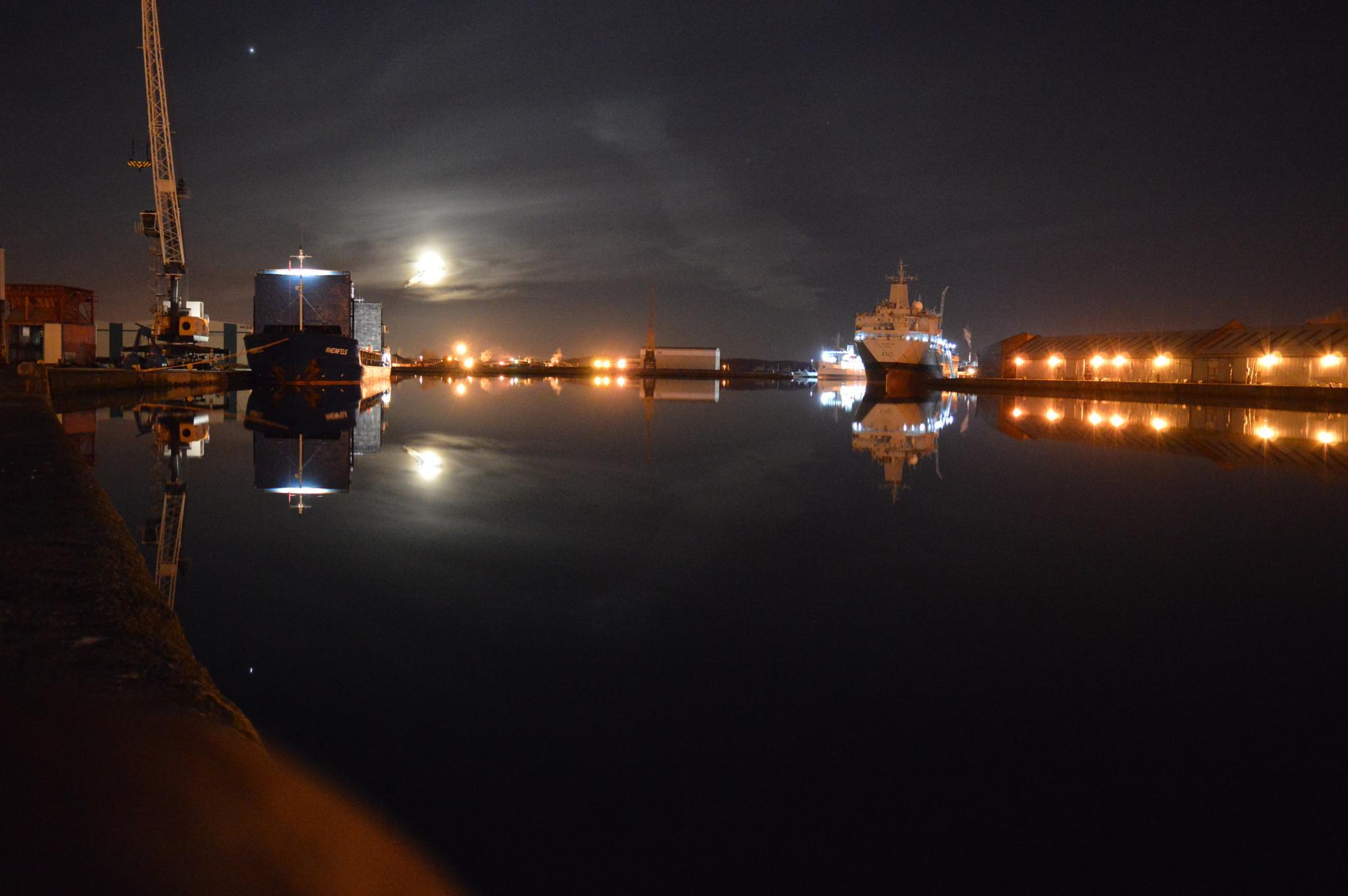 docks  by Phil Palmer