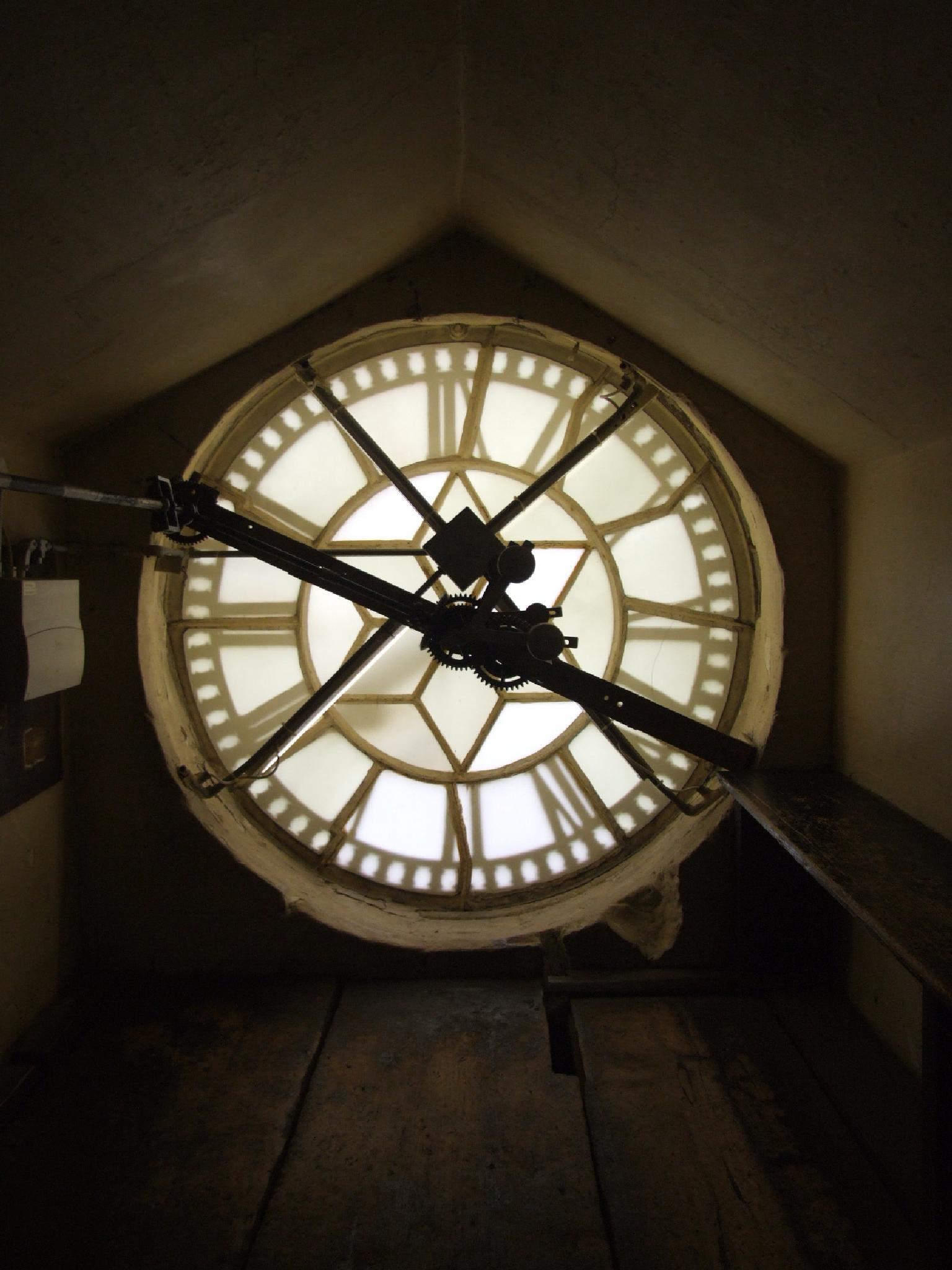 clock tower Bath Abbey. UK by shaun