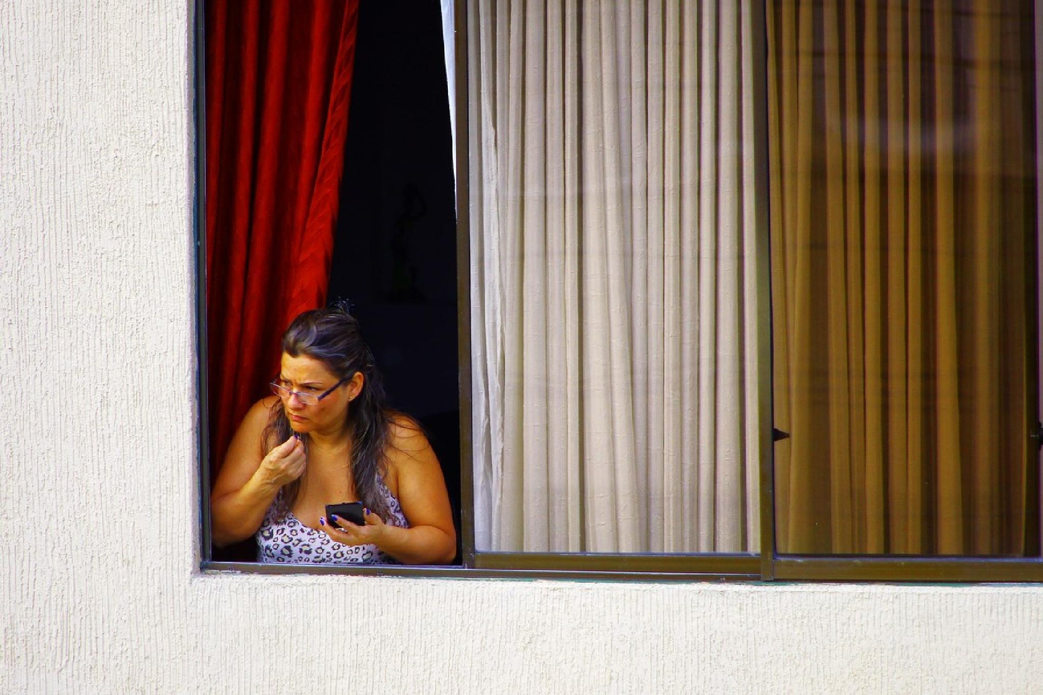 Something caught her eye by Dan Steeves
