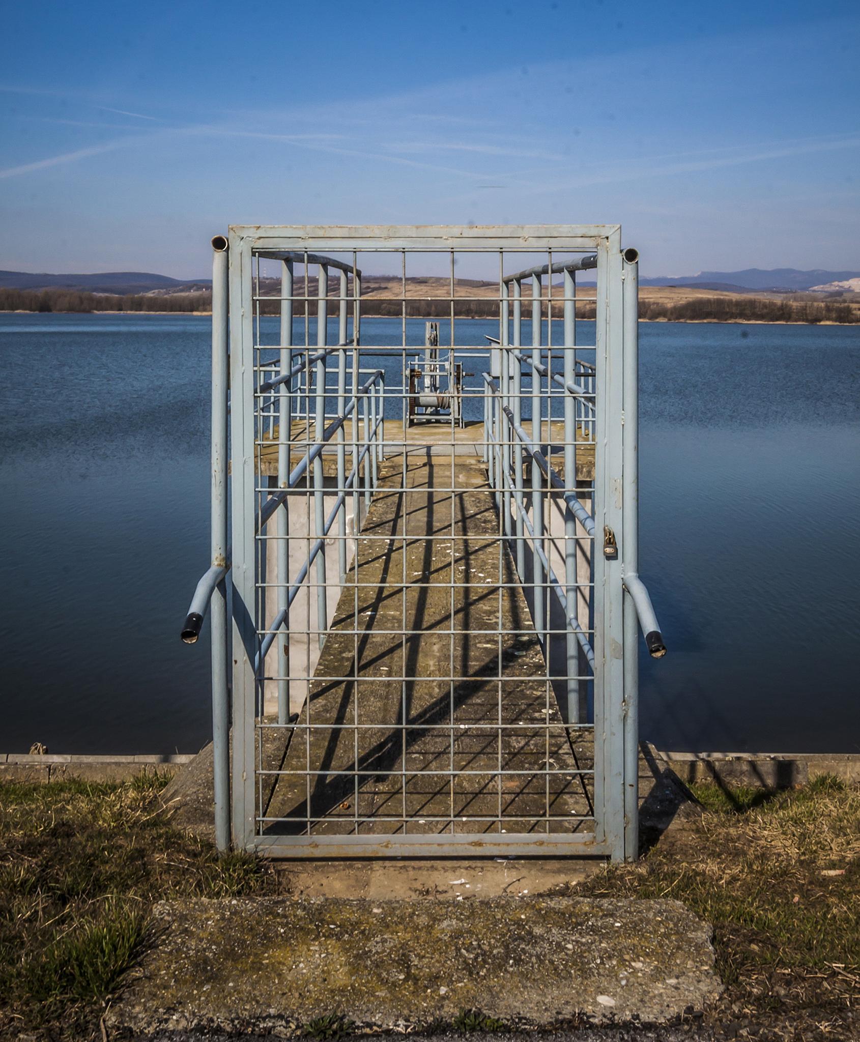 Gate by DanielMagyar