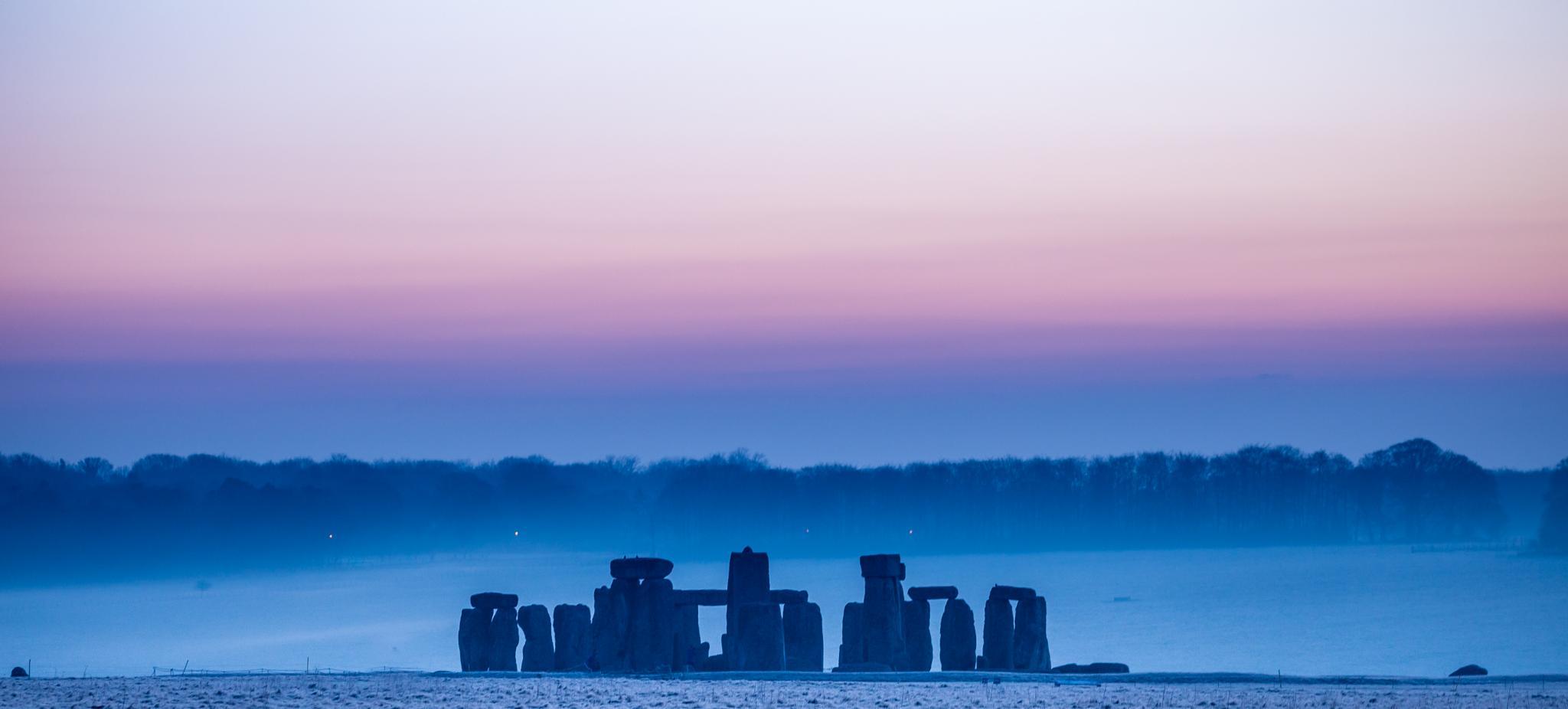 More Stonehenge by messedupmojo