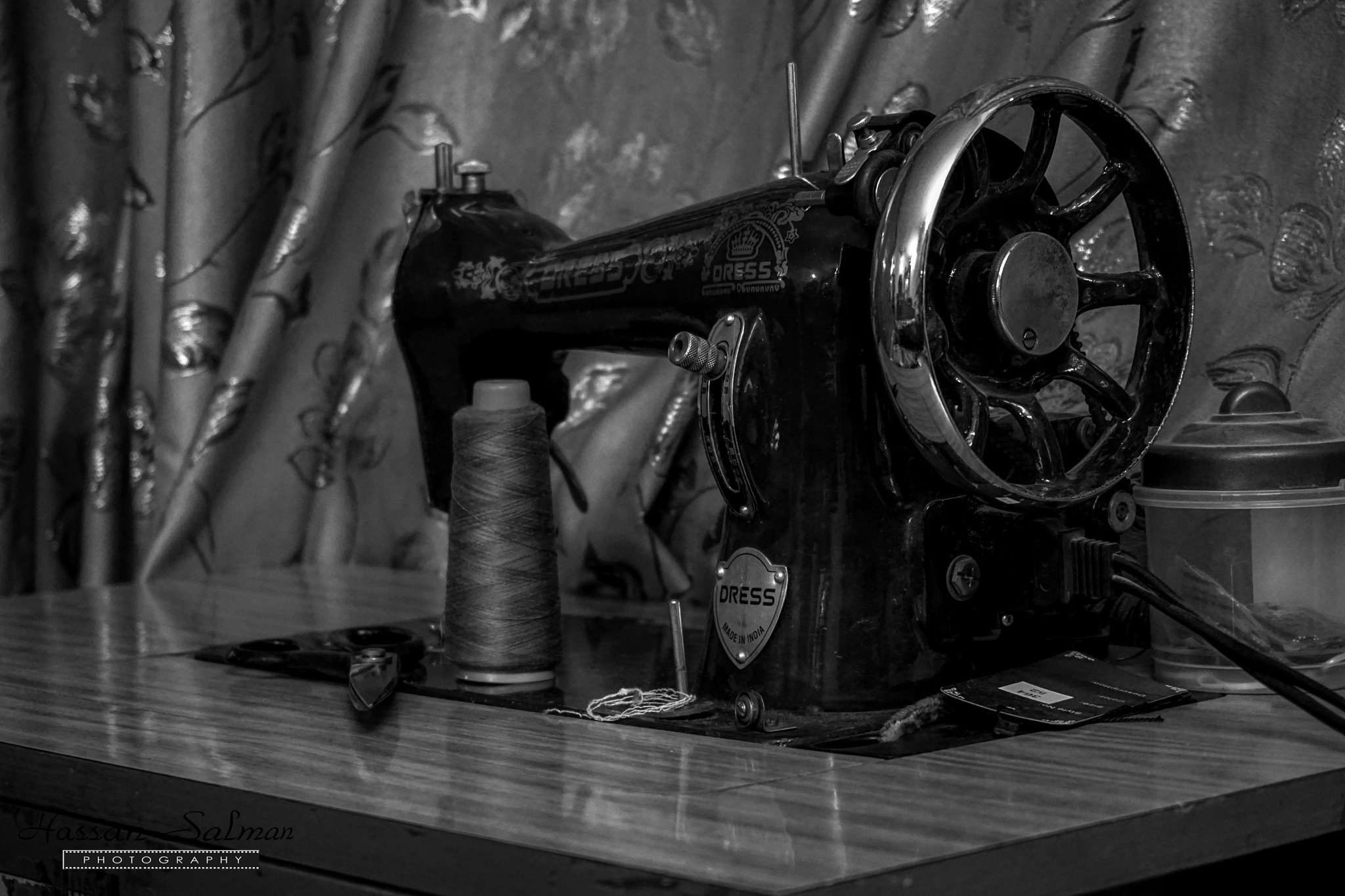 Old sewing machine by hassansalman