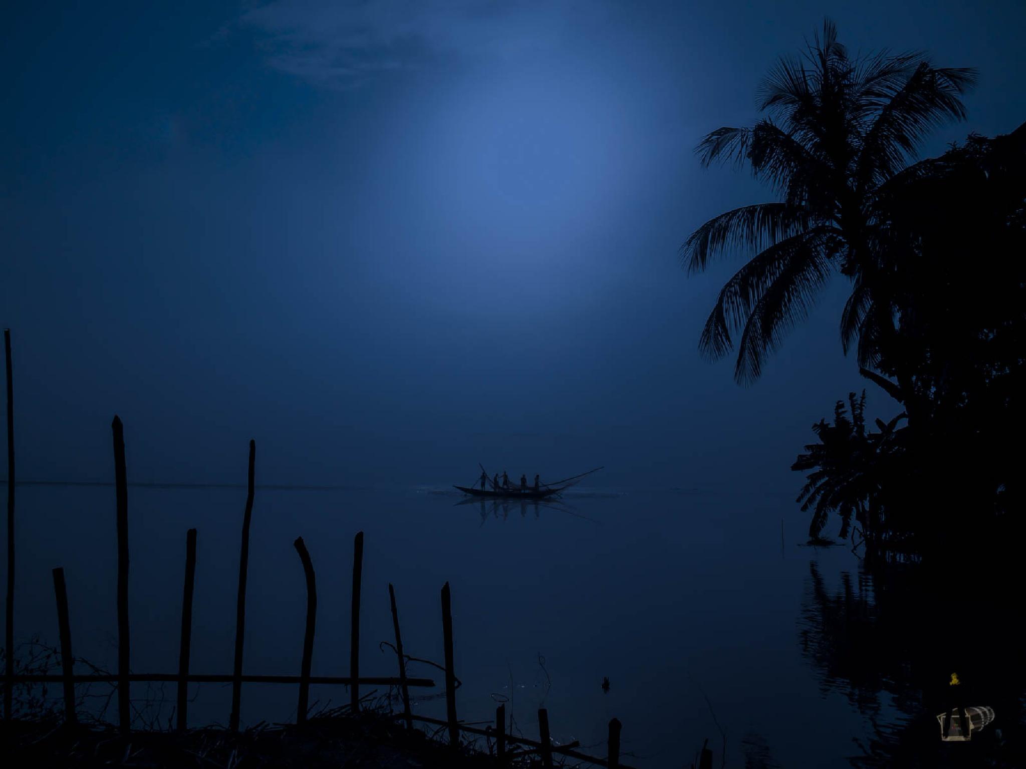 Fishing-0232-Night from Day by ЯДJJIБ'S PЂØŦØ