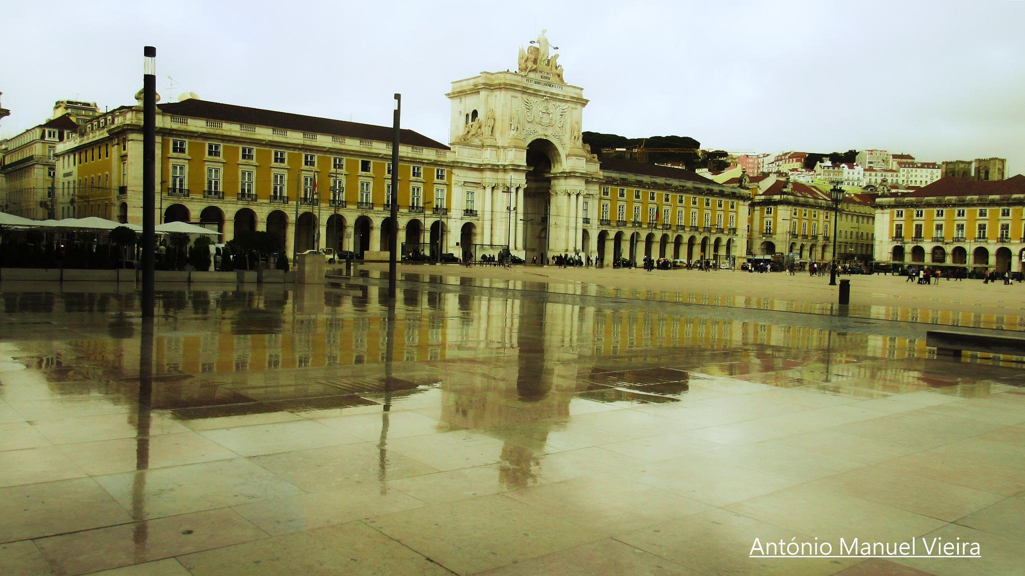 Rainy day in Lisbon by Antoniocvieira