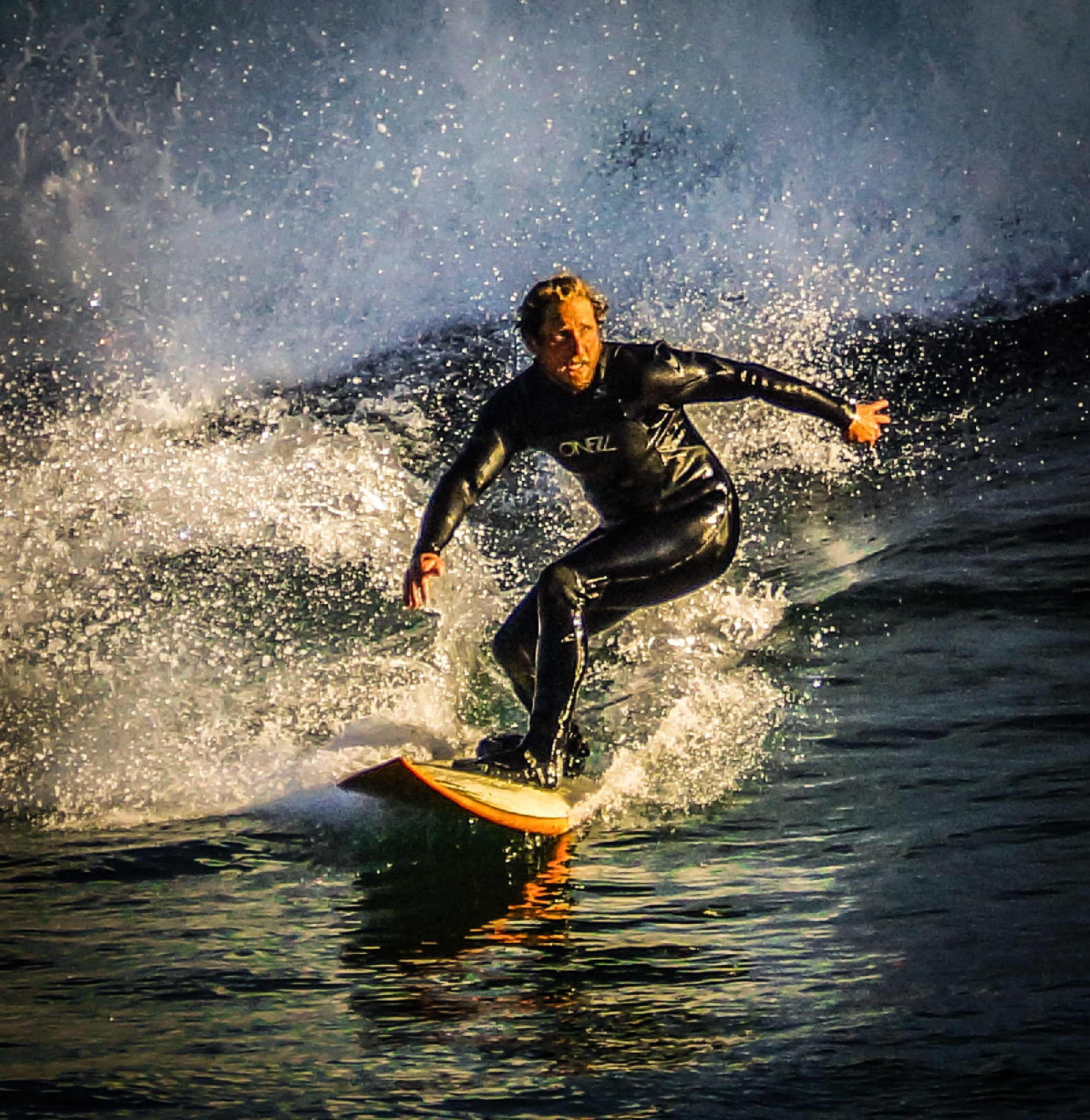 Bis wave surfing, Santa Cruz style by Guido Nagle