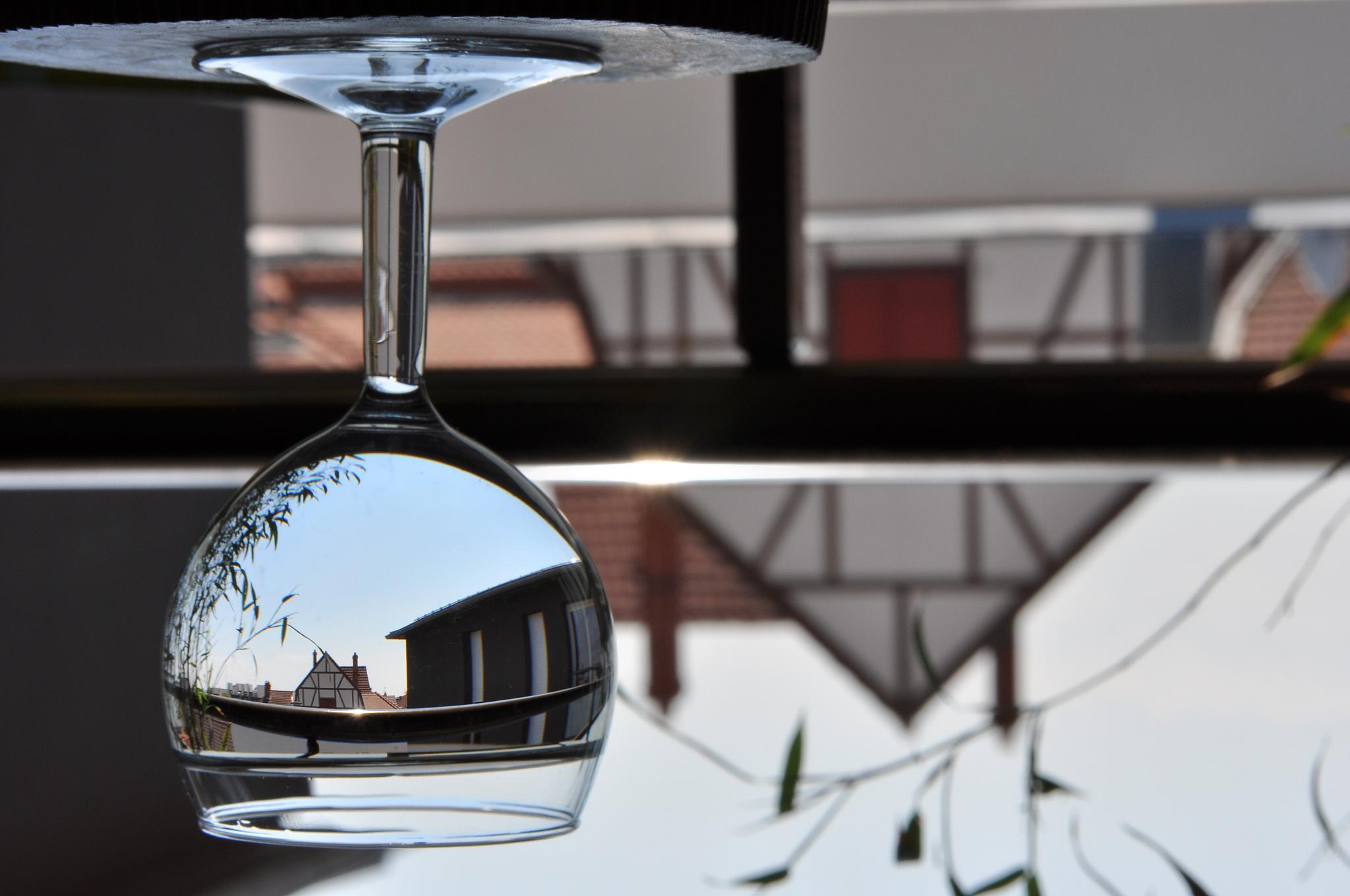A l'en-verre by Jérôme Birling