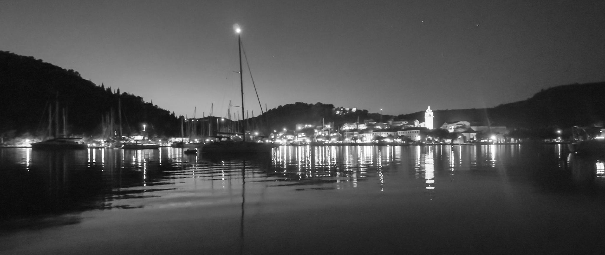Moonlight bay by Steve Garratt