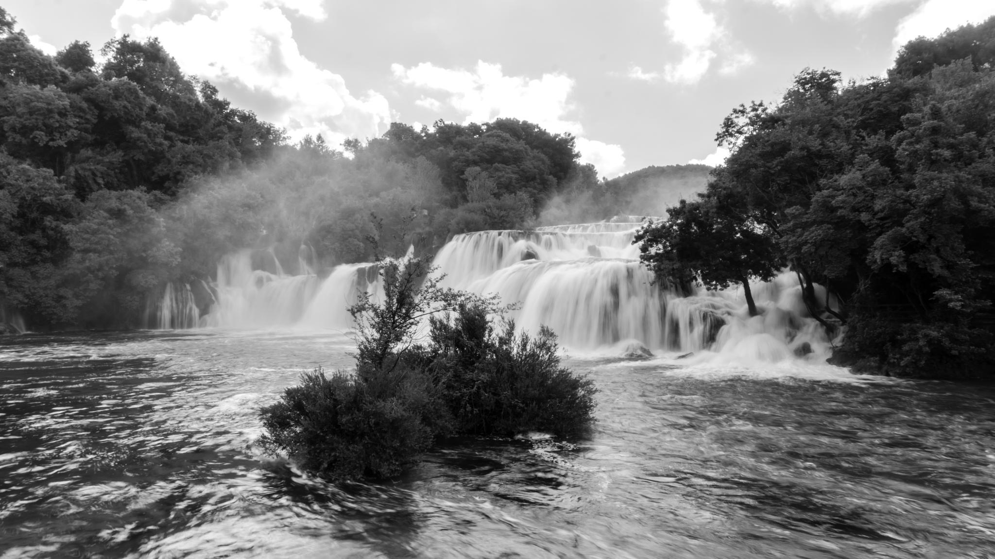 Waterfall 2 B&W by Steve Garratt