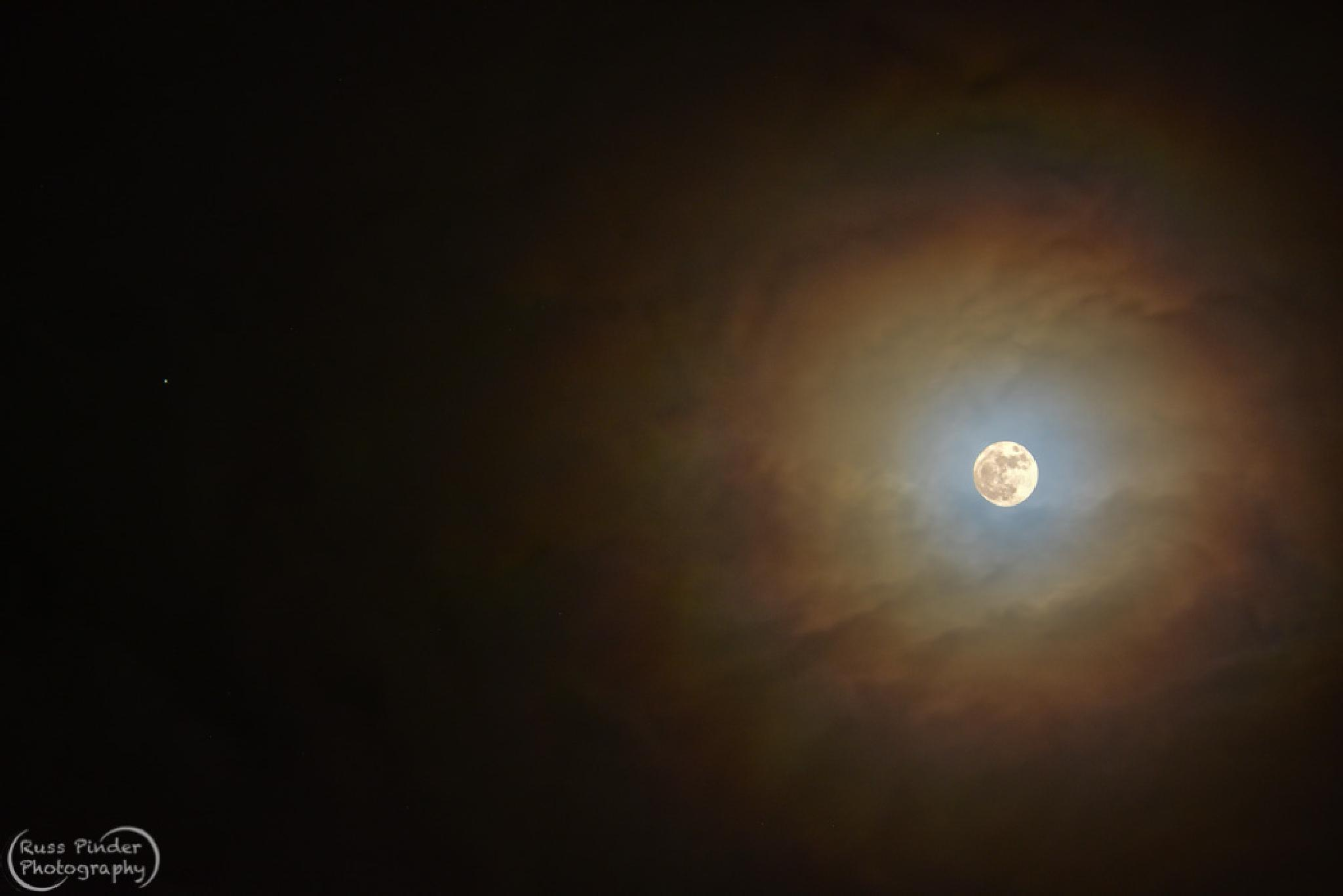 Full Moon with Jupiter by russpinder