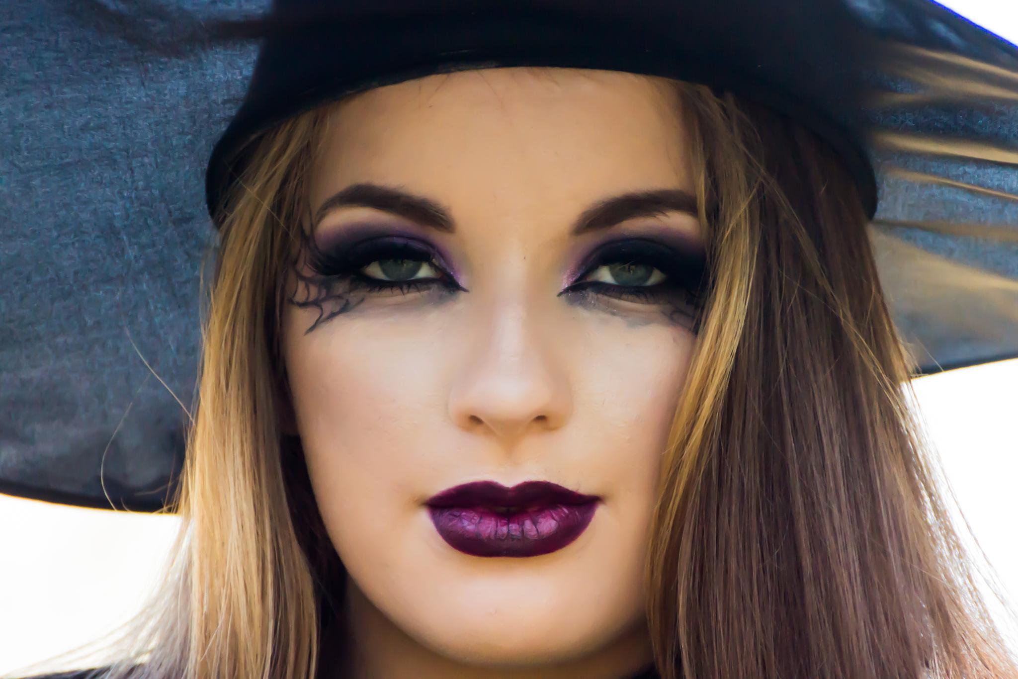Witch by Ranbud