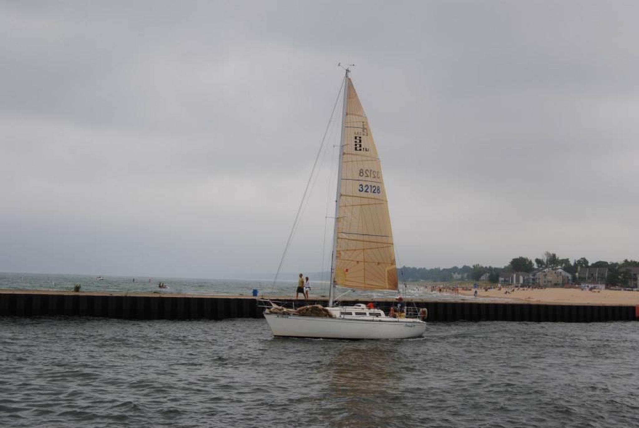 Sailing by queenzzyann.jones
