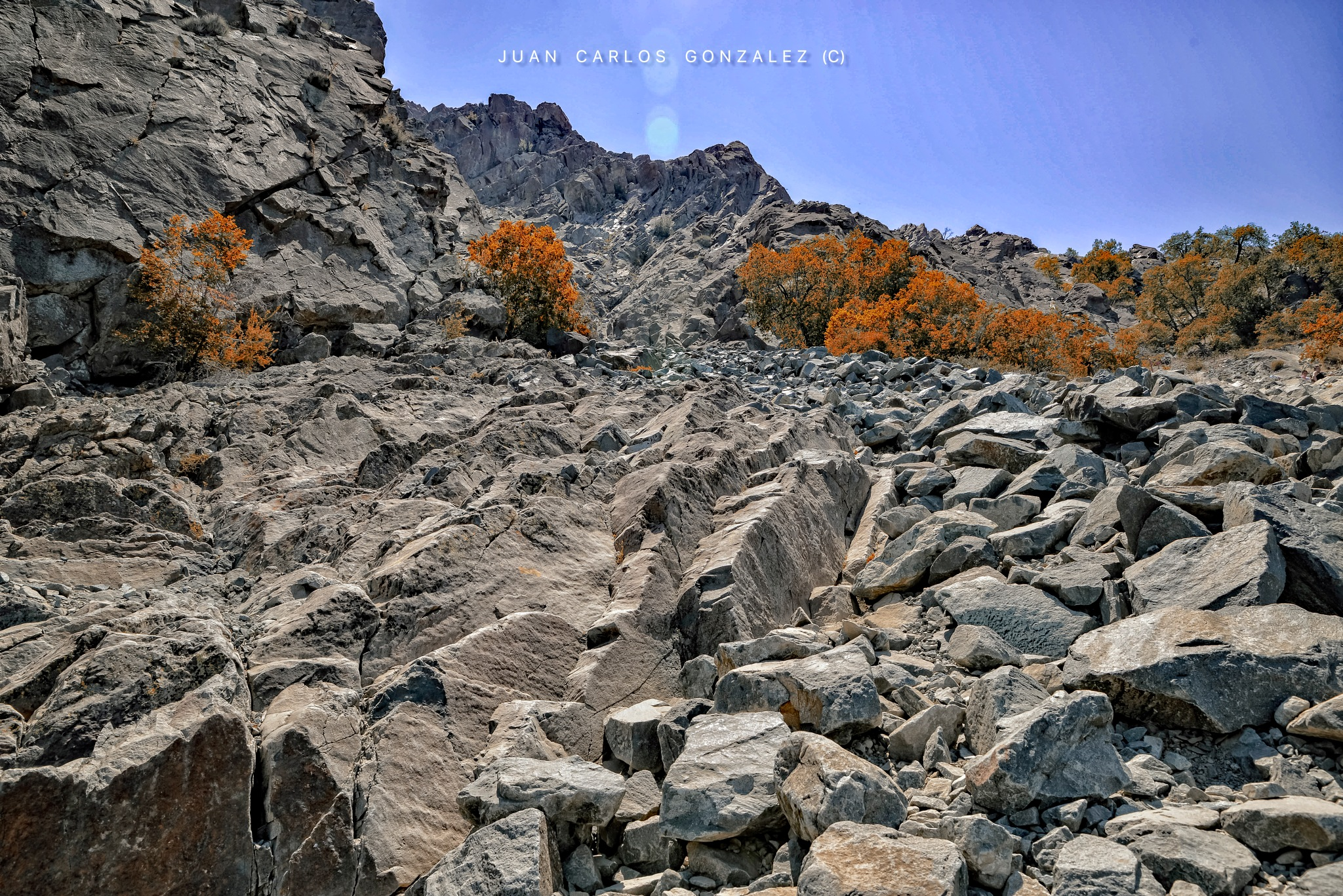 Climbing the mountain by JuanCaPhotography