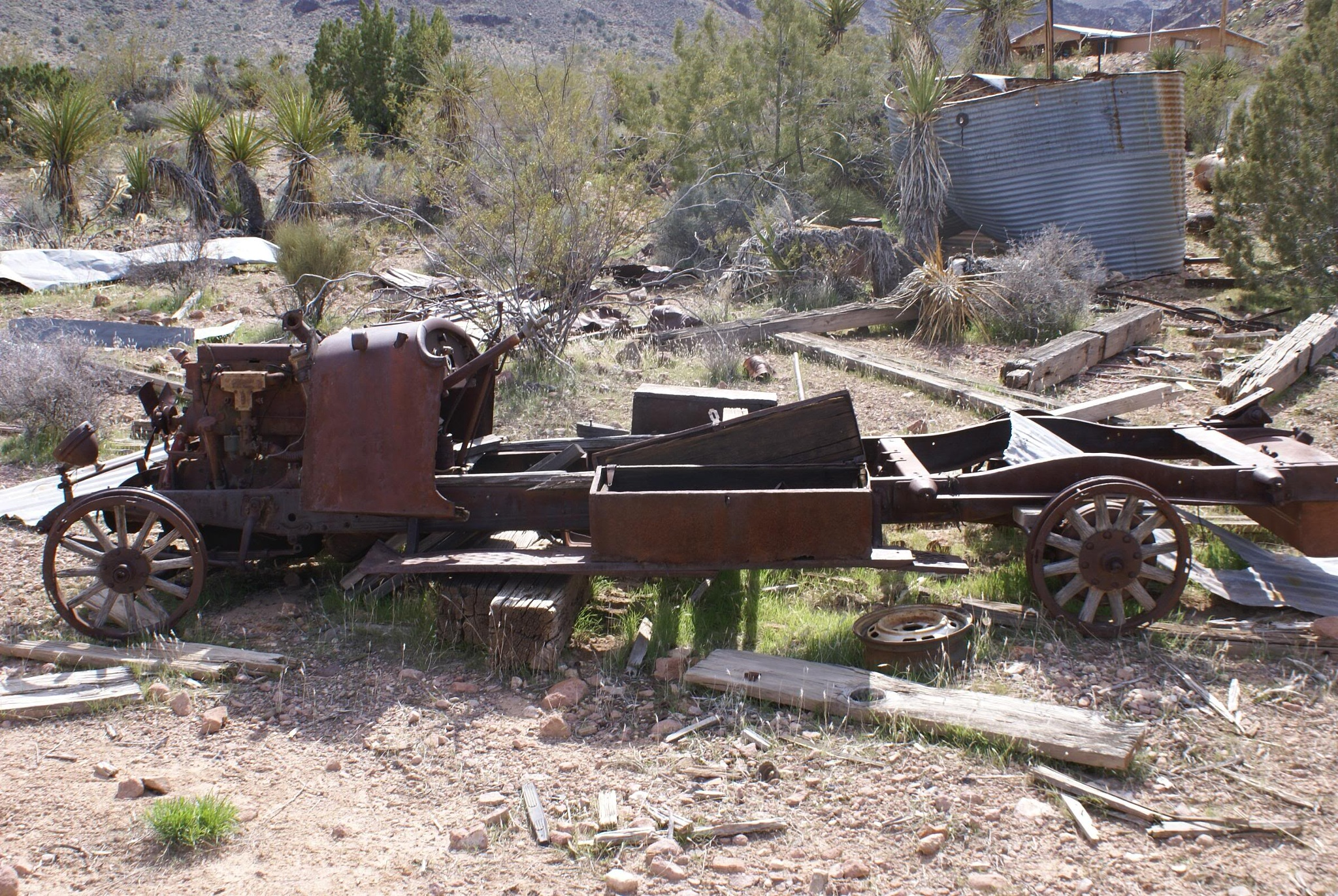 Vulture Mine relics by PhxRick