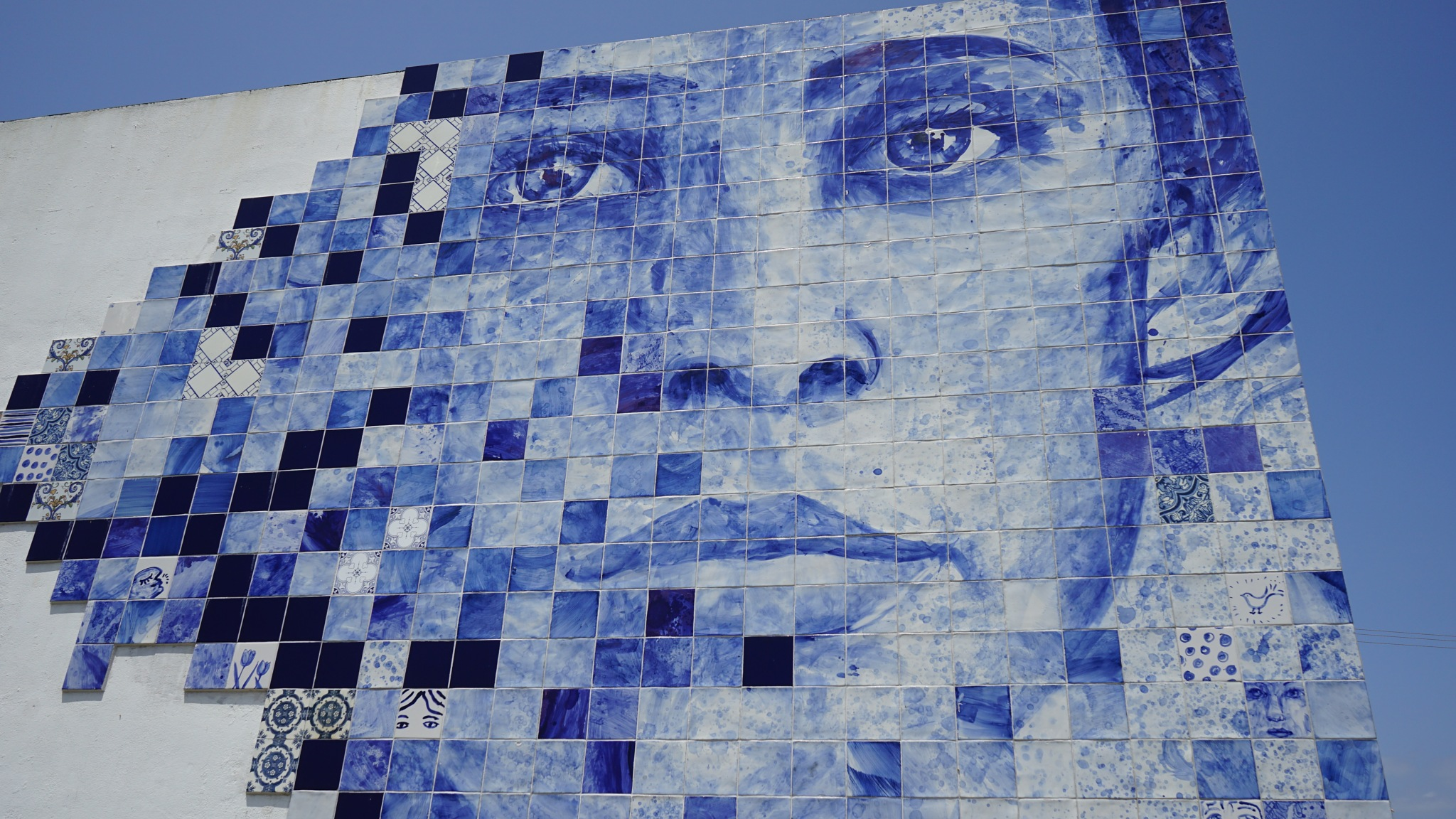 Portuguese tiled wall, Boliqueime by tony cullen