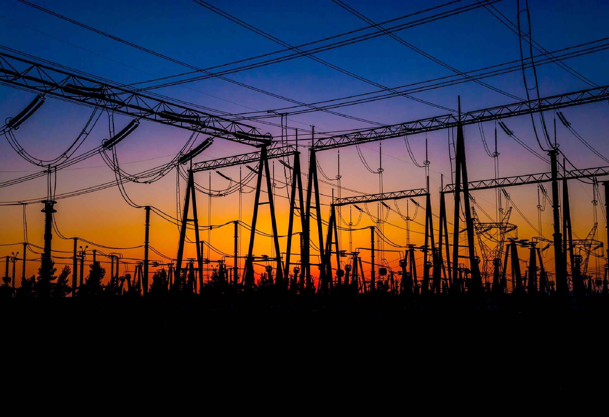 High Voltage Sunset by JRGt12