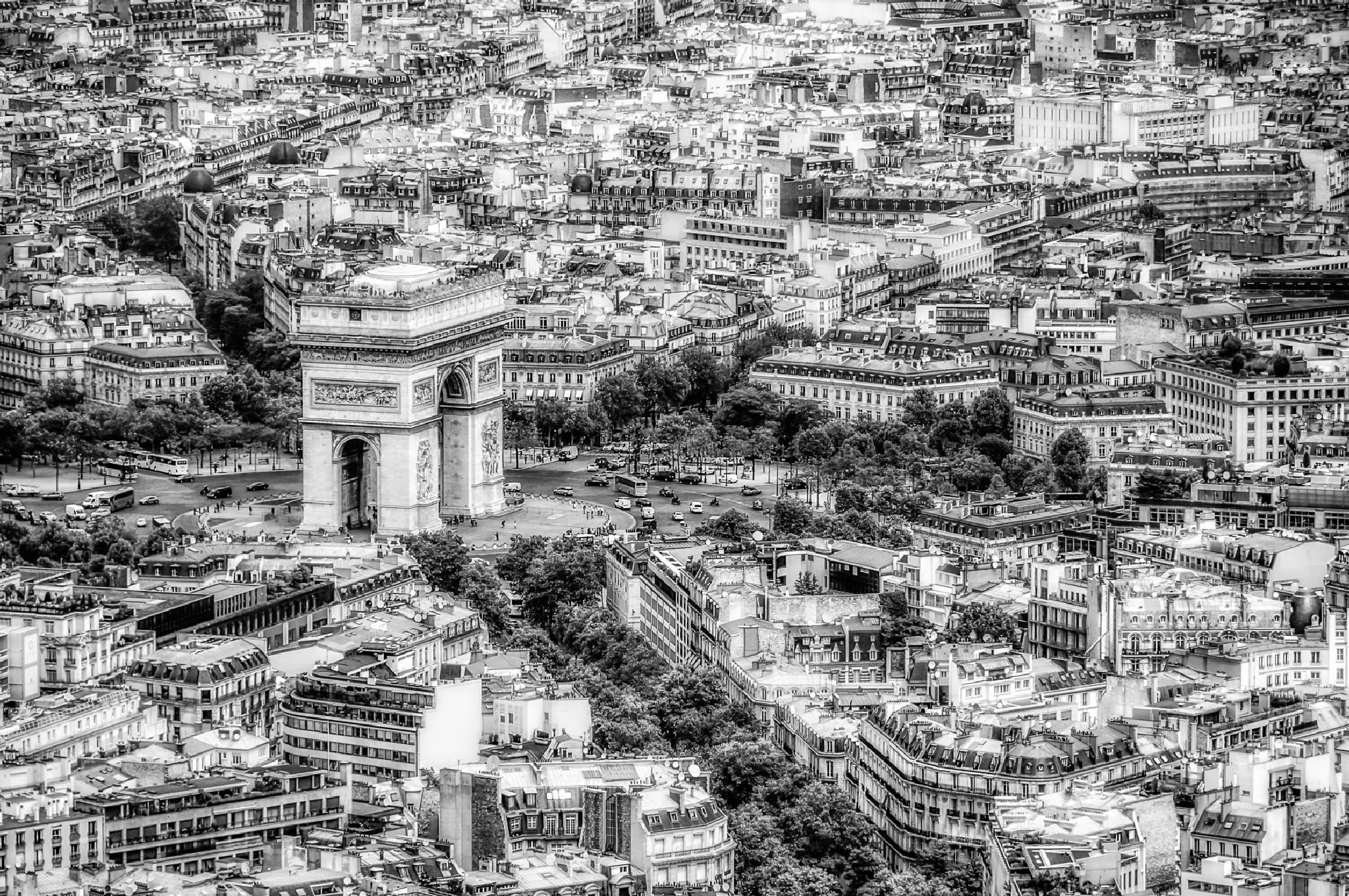 Triomphe by JRGt12
