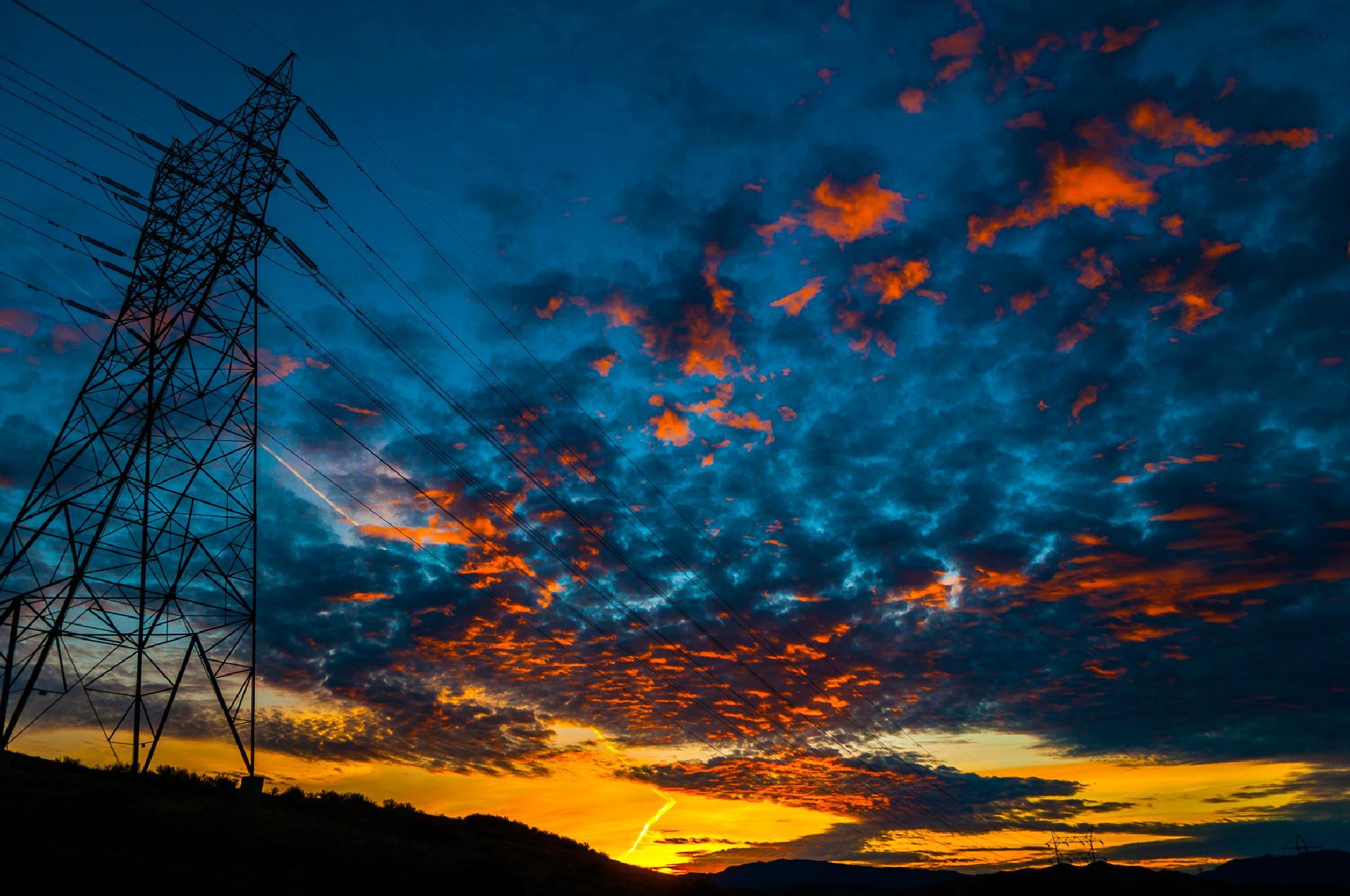 High Voltage Sunrise by JRGt12