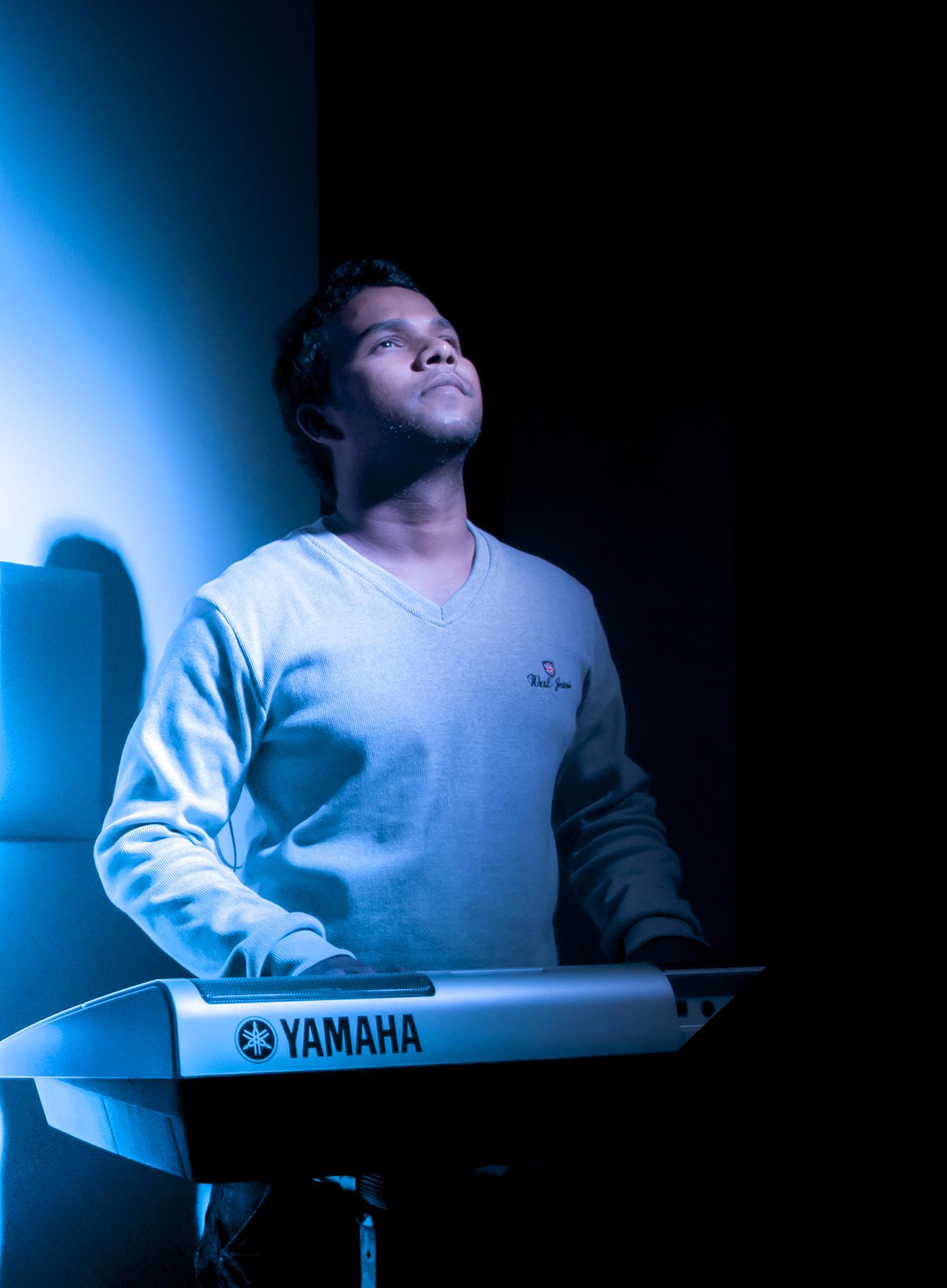 Keyboardist  by TALENS