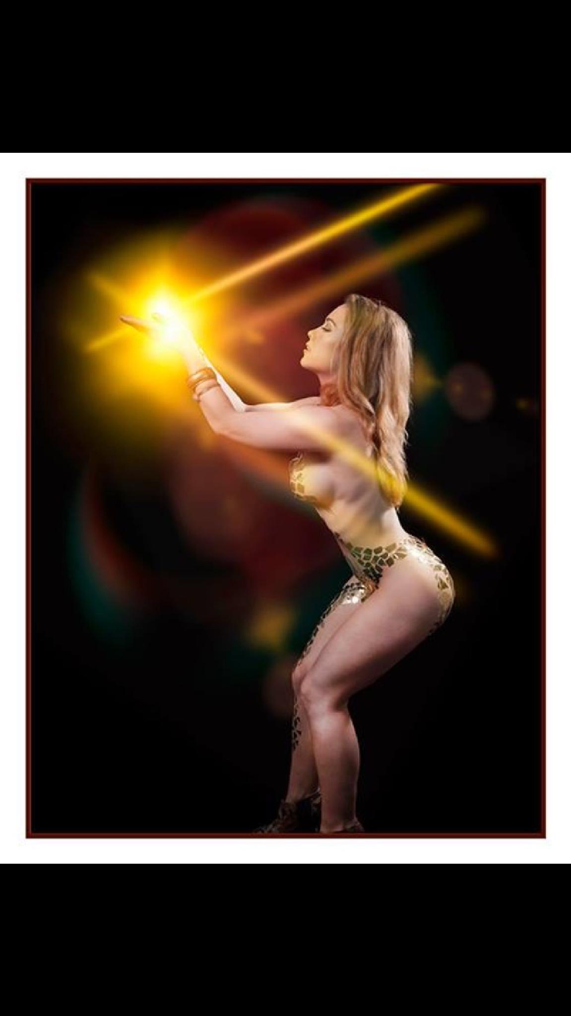 Gold light by Glenn Balsam