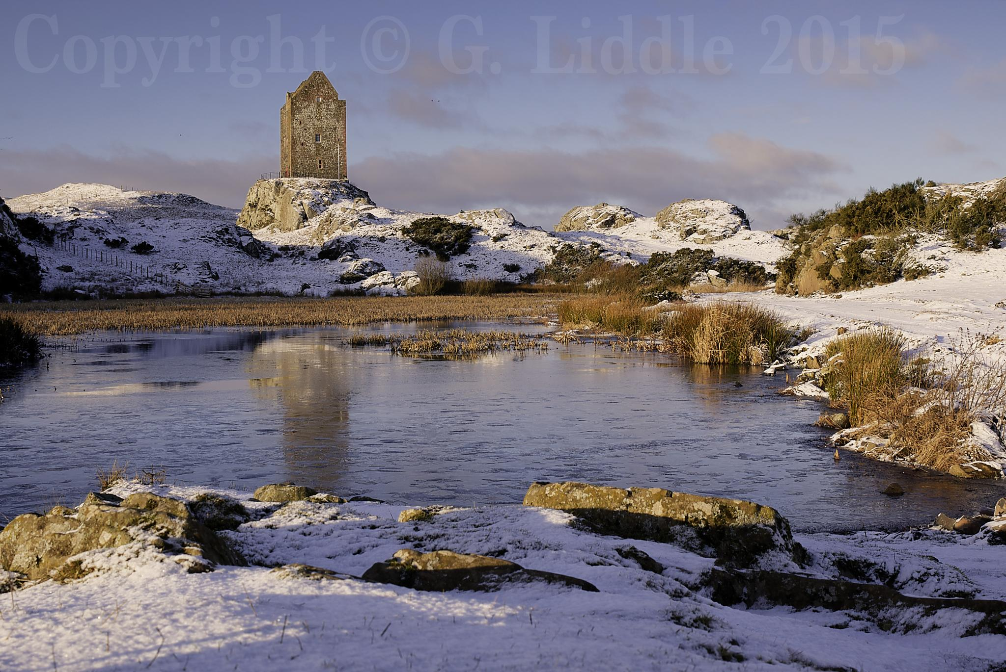Smailholm Tower, Scottish Borders by Gav_Liddle
