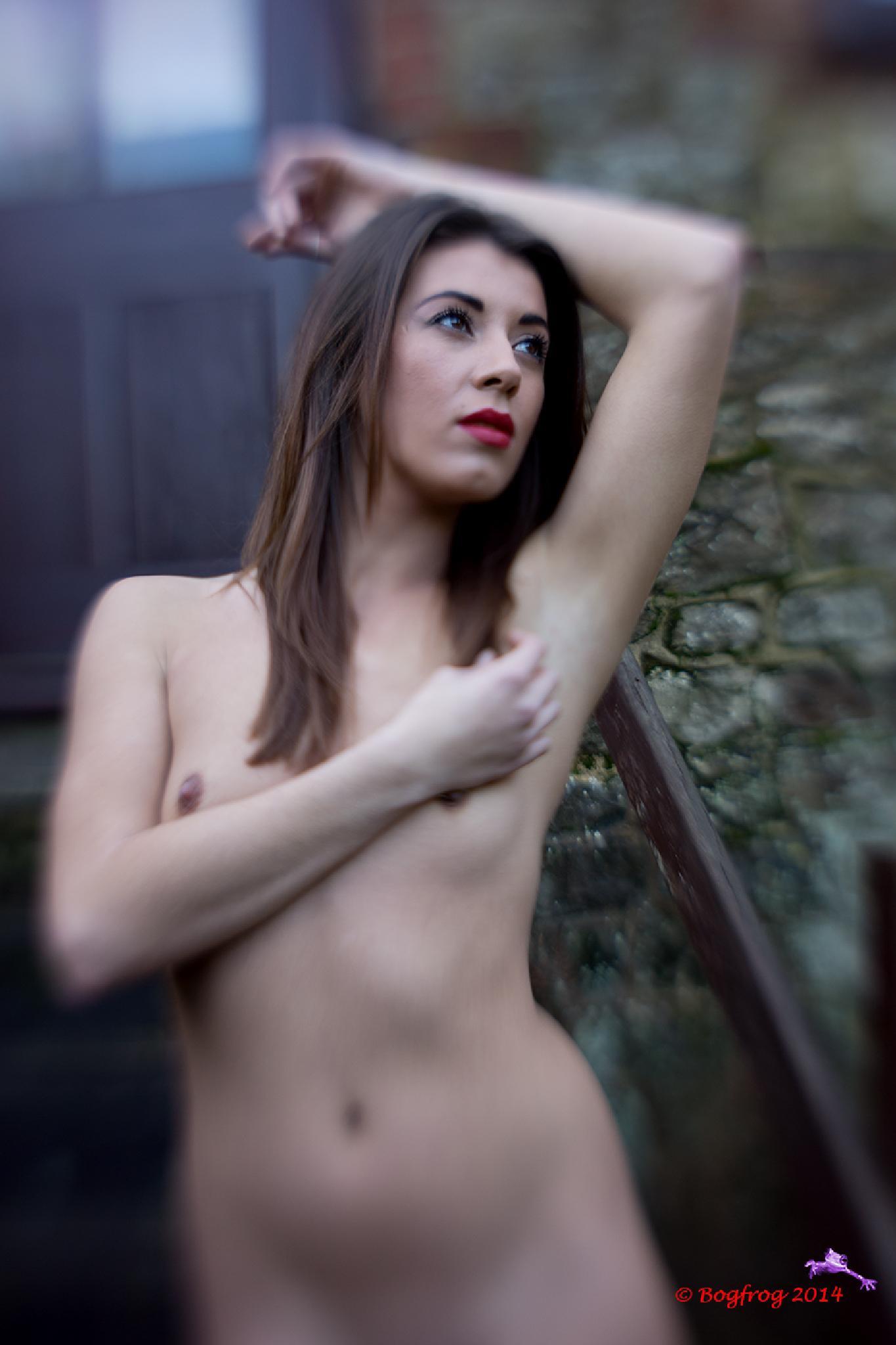 Chastity at Urbanfox by Bogfrog