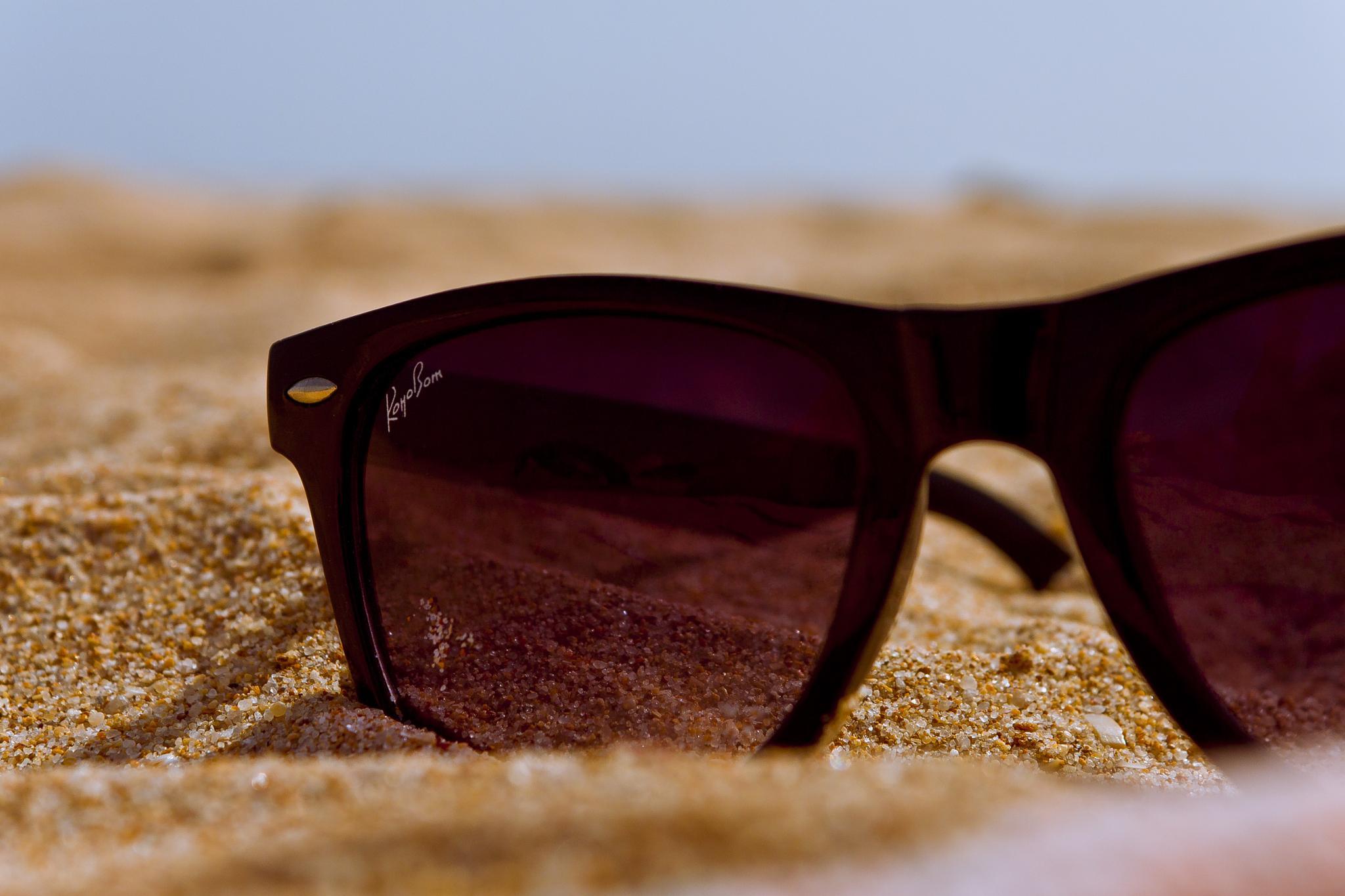 Sandy Sunglasses by SparkyD90