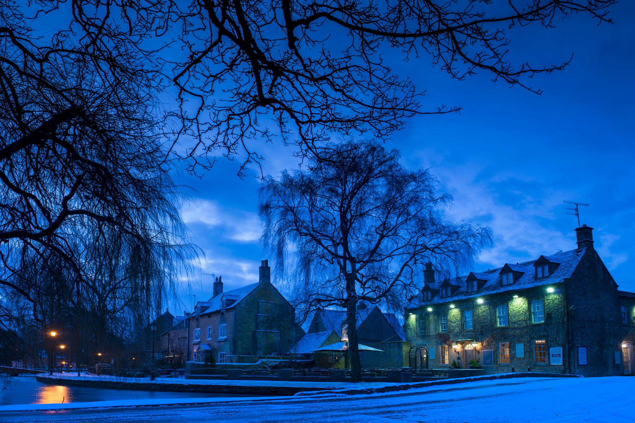 Winter Morning - Bourton on the Water by The Picture Taker