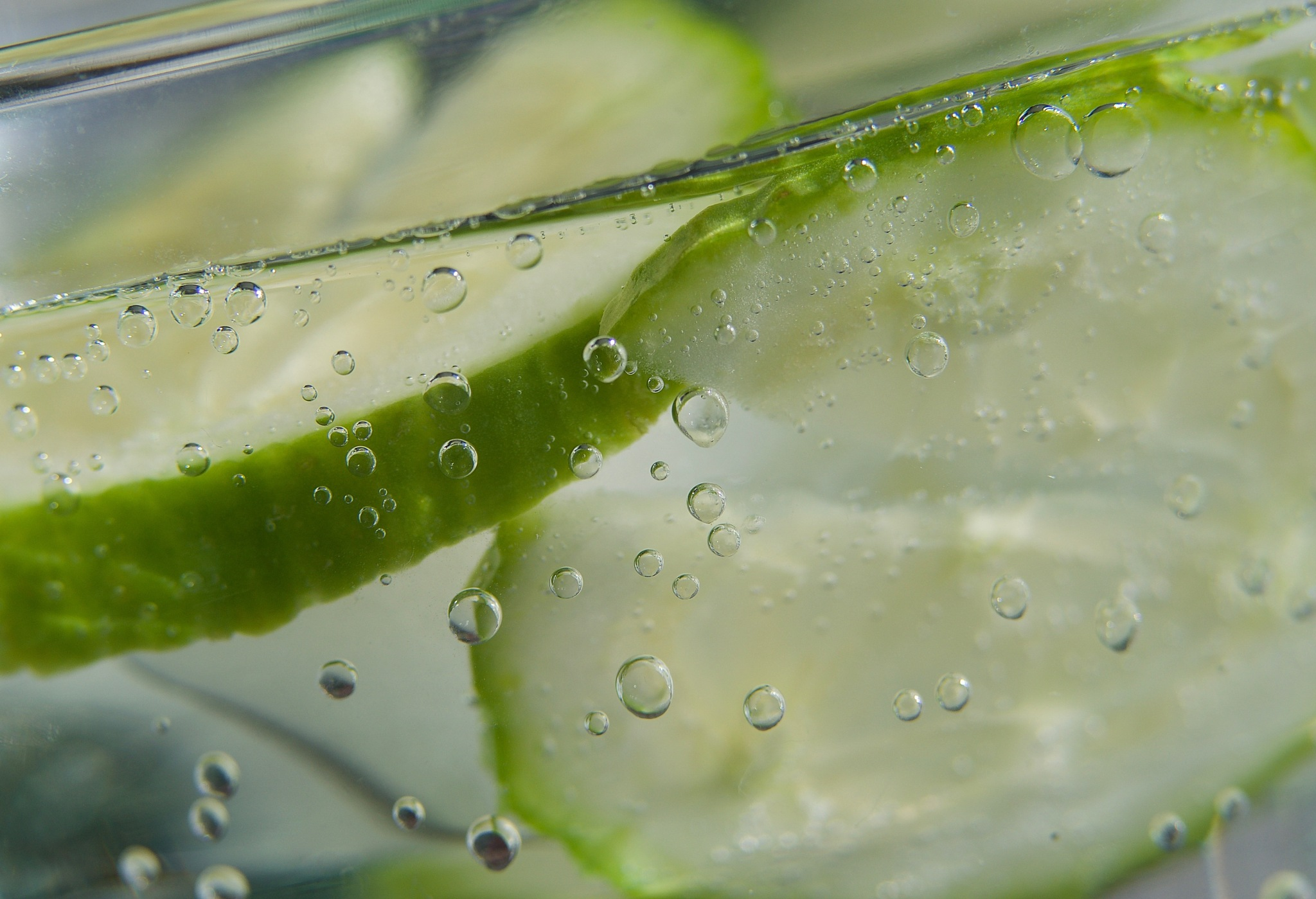 bubbles with cucumber by pam.simonsson