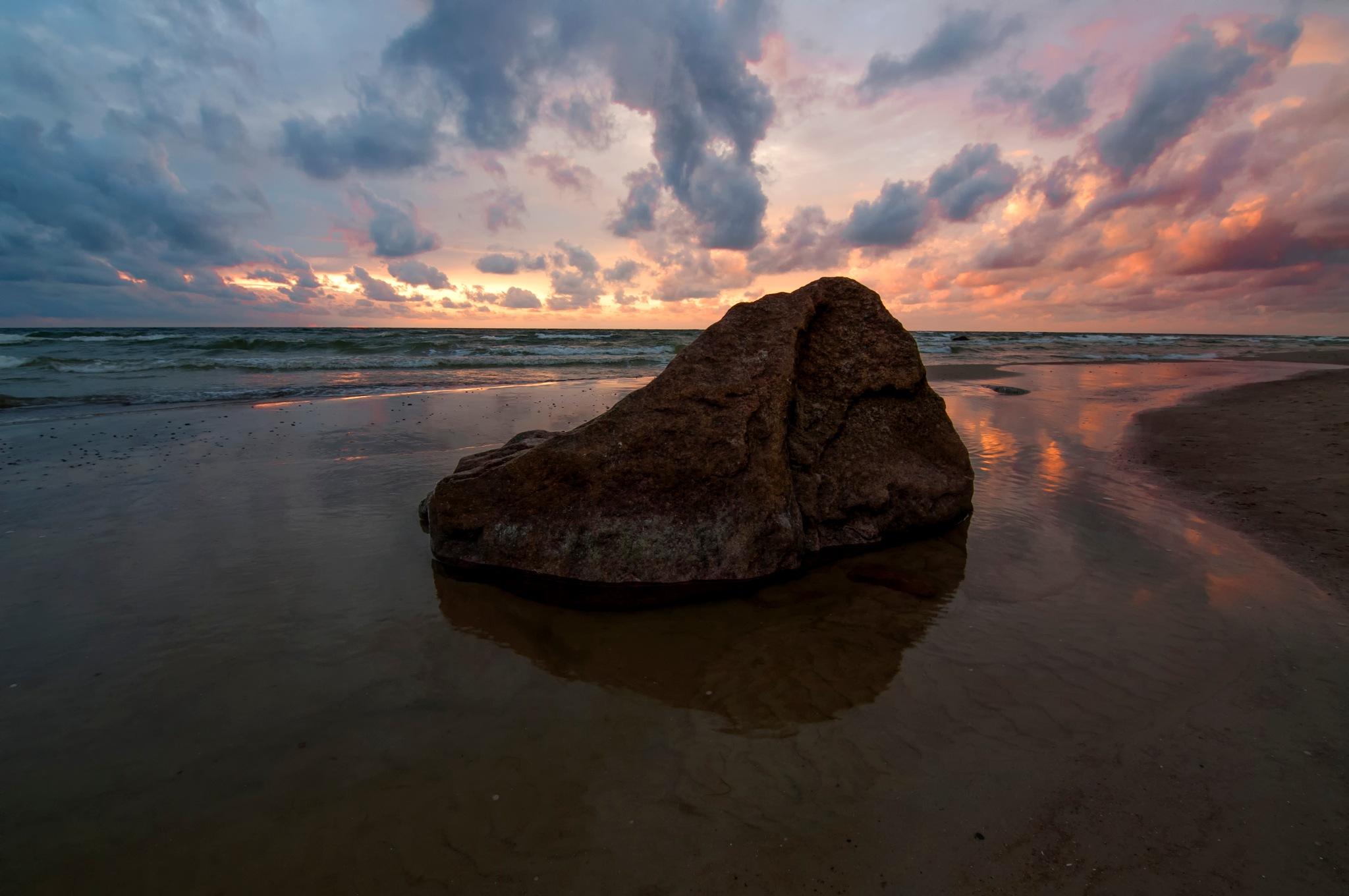 Sunset by Daiva Cirtautė