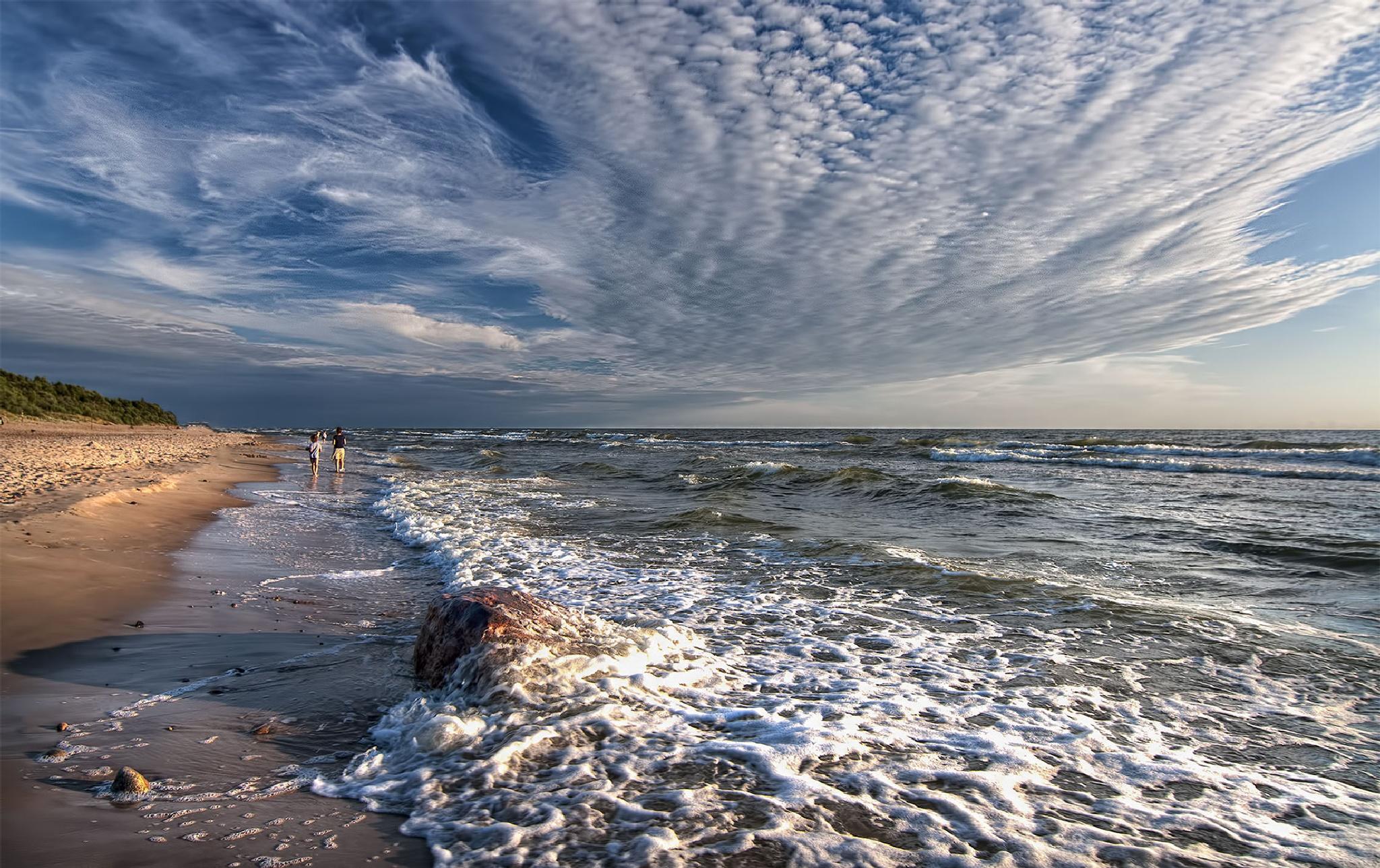 Sea and sky by Daiva Cirtautė