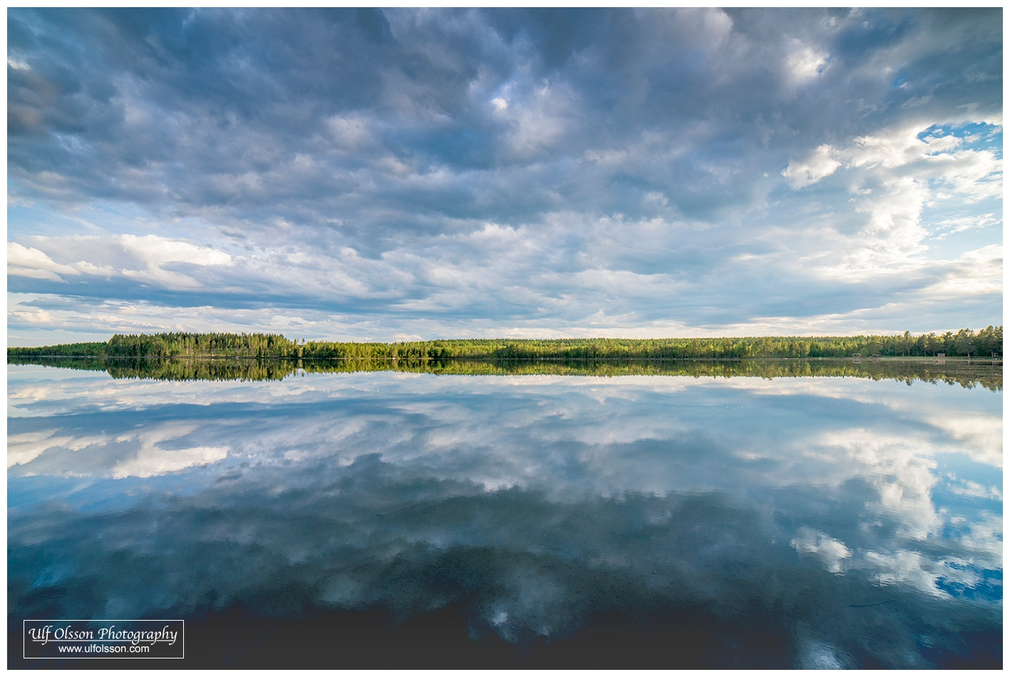 Clouds in the water by uffeo56