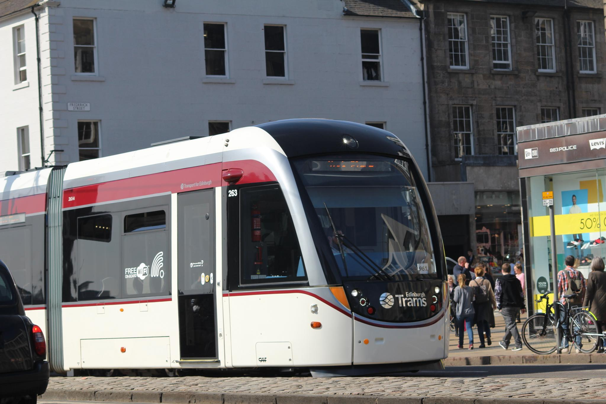 Edinburgh Tram by karl.green1