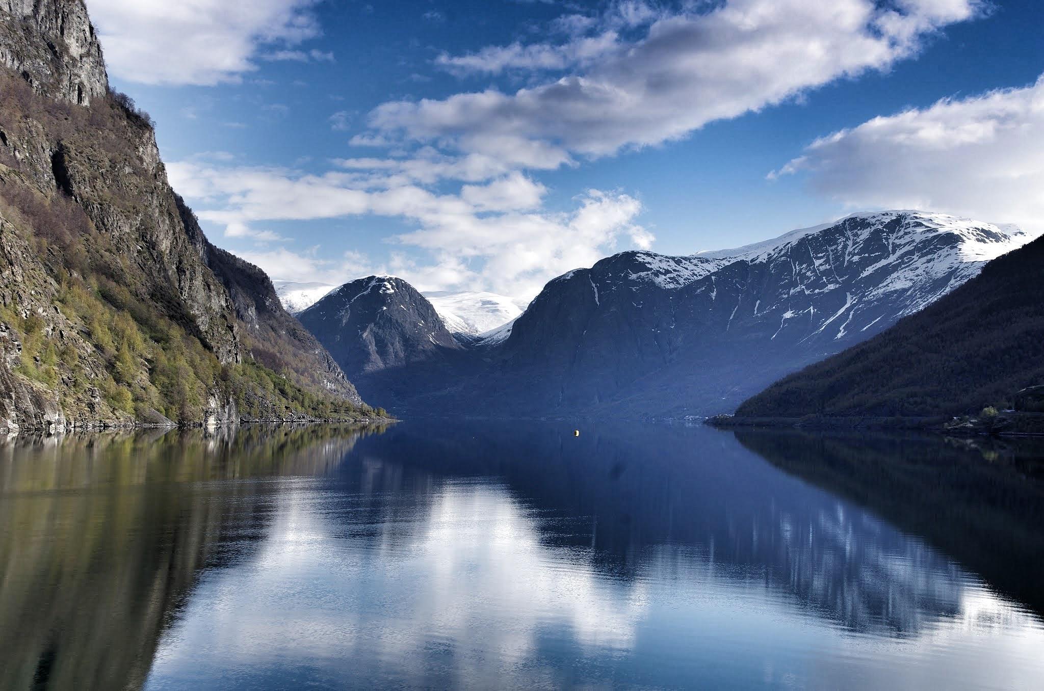 Naerofjord by Sjoerd Weiland