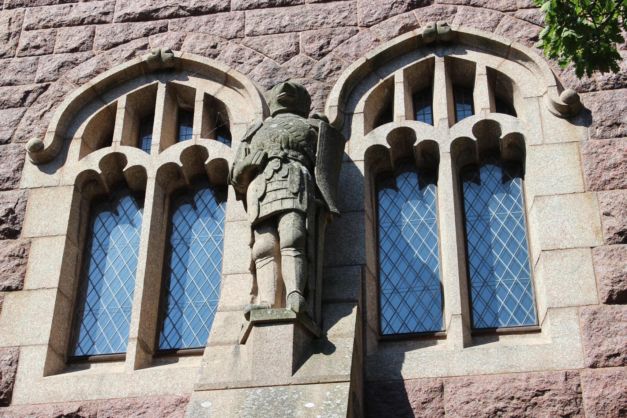 Stone knight by heidi.svahn1