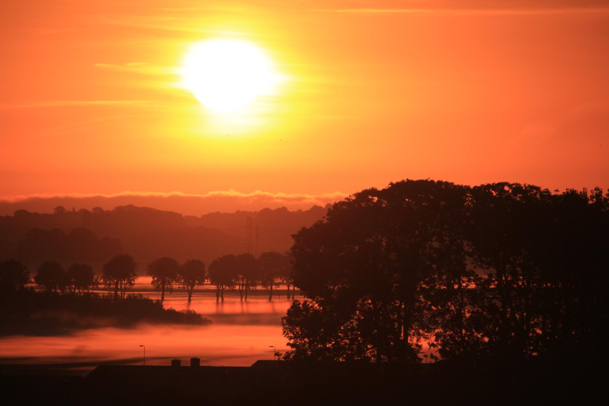 Sunrise in august by yasmine.feldtblad
