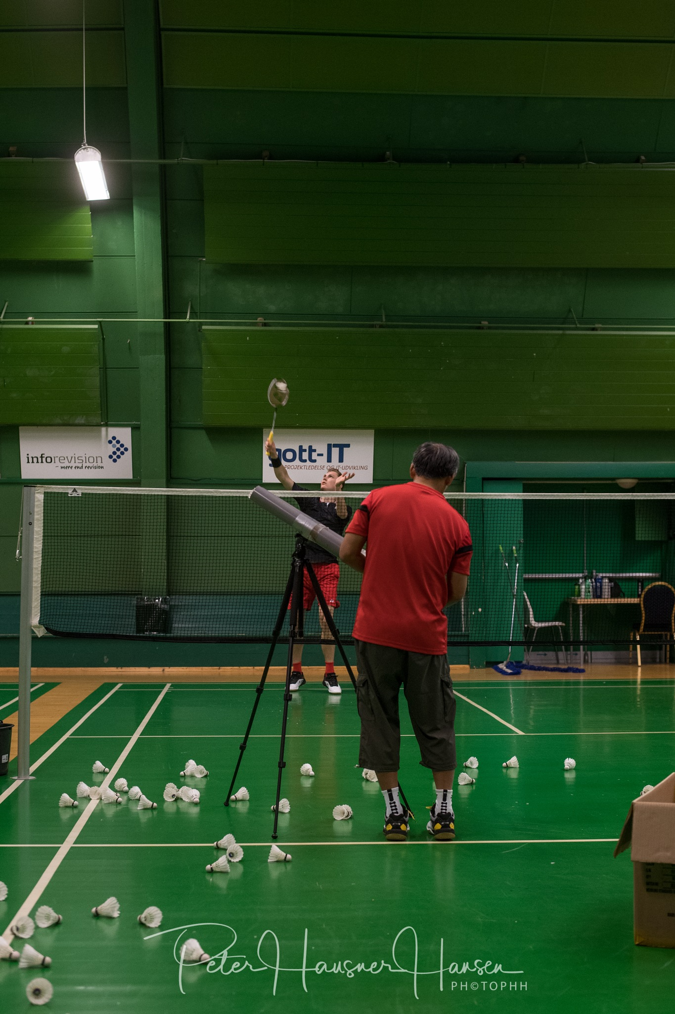 The world champion practice Badminton  by PHOTOPHH.1