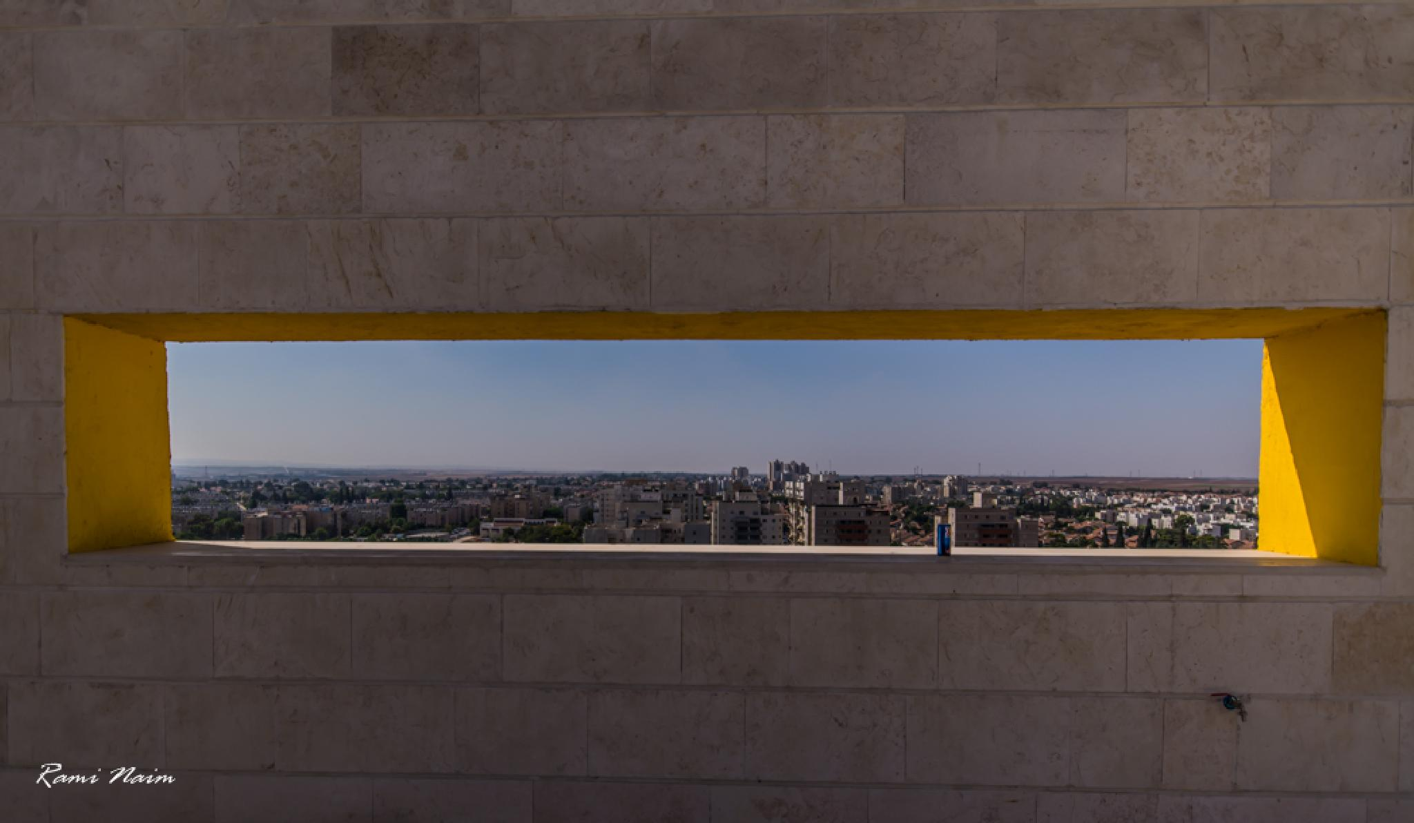 City by raminaim