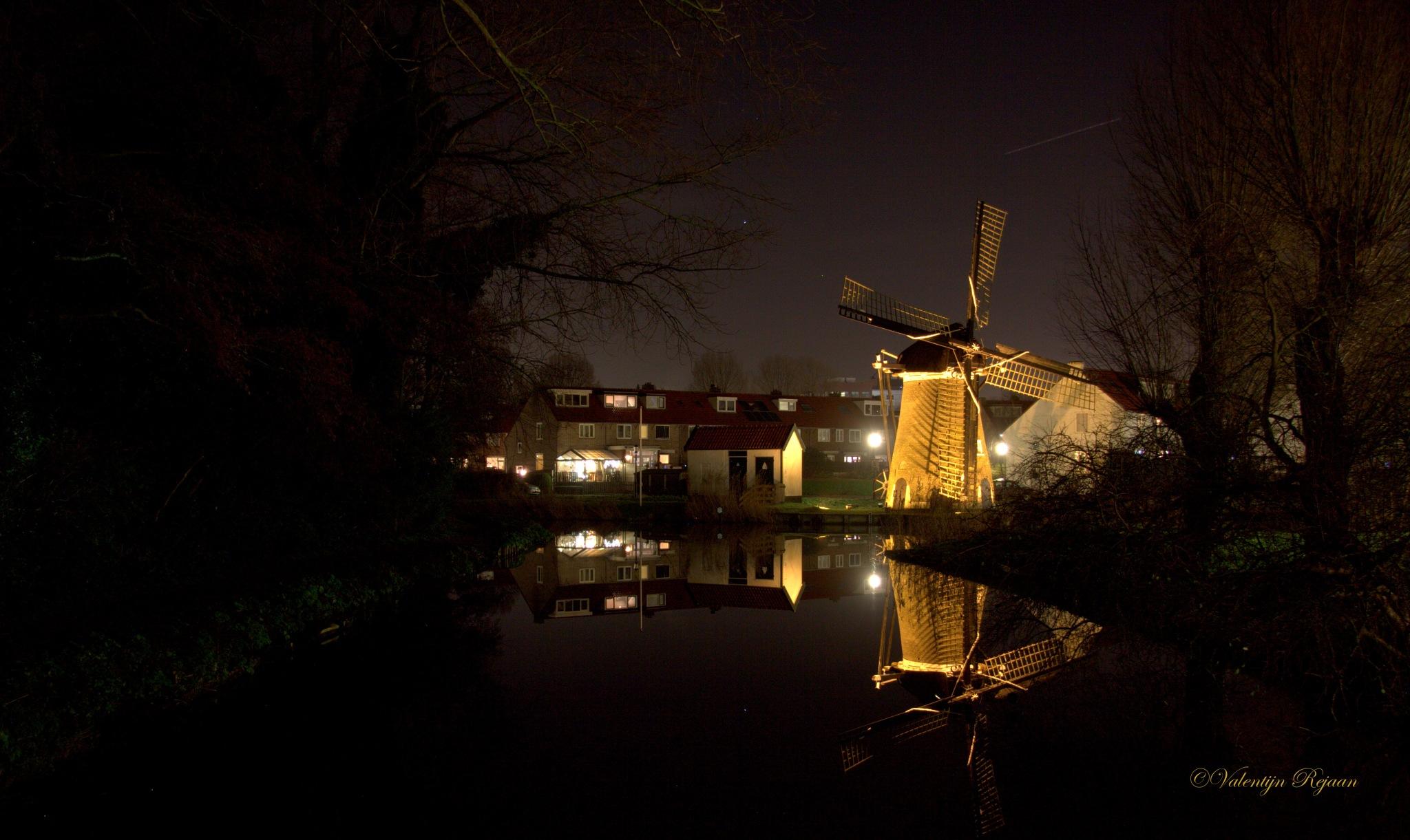 """Molen """"de Eendracht"""" te Alkmaar by Valentijn Rejaän"""