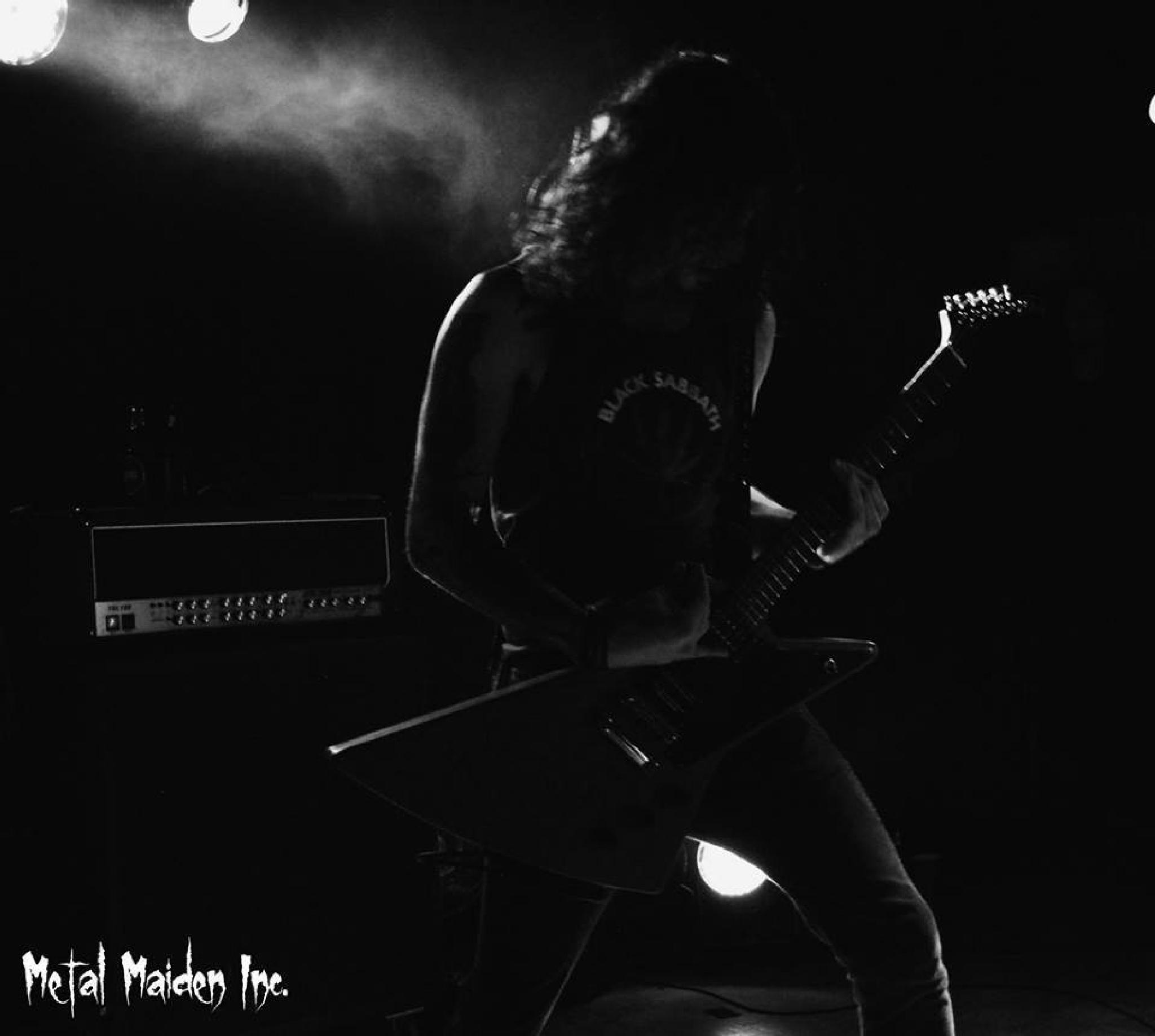 In The Spotlight by metalmaideninc
