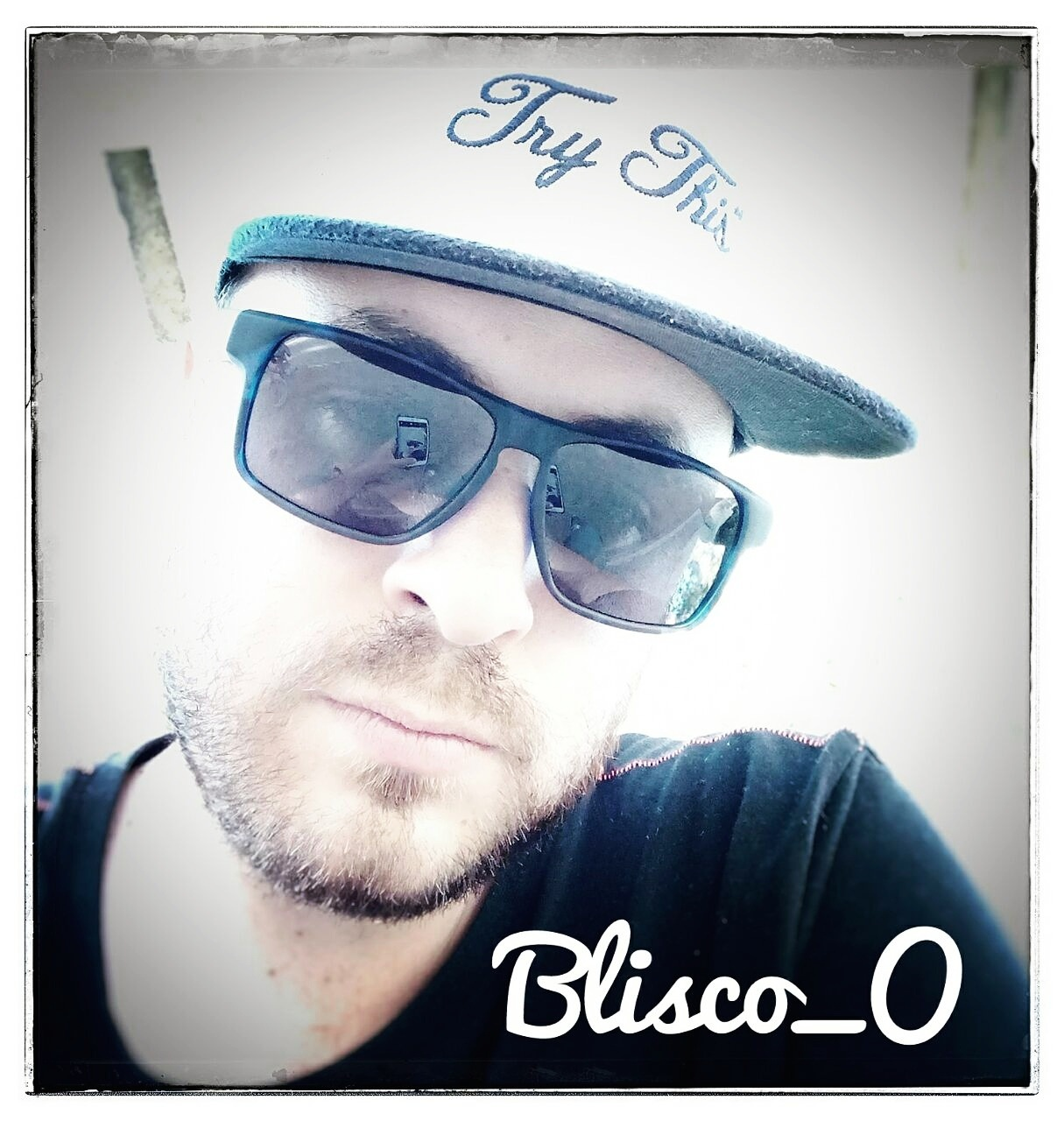 Selfie II by Blisco_O