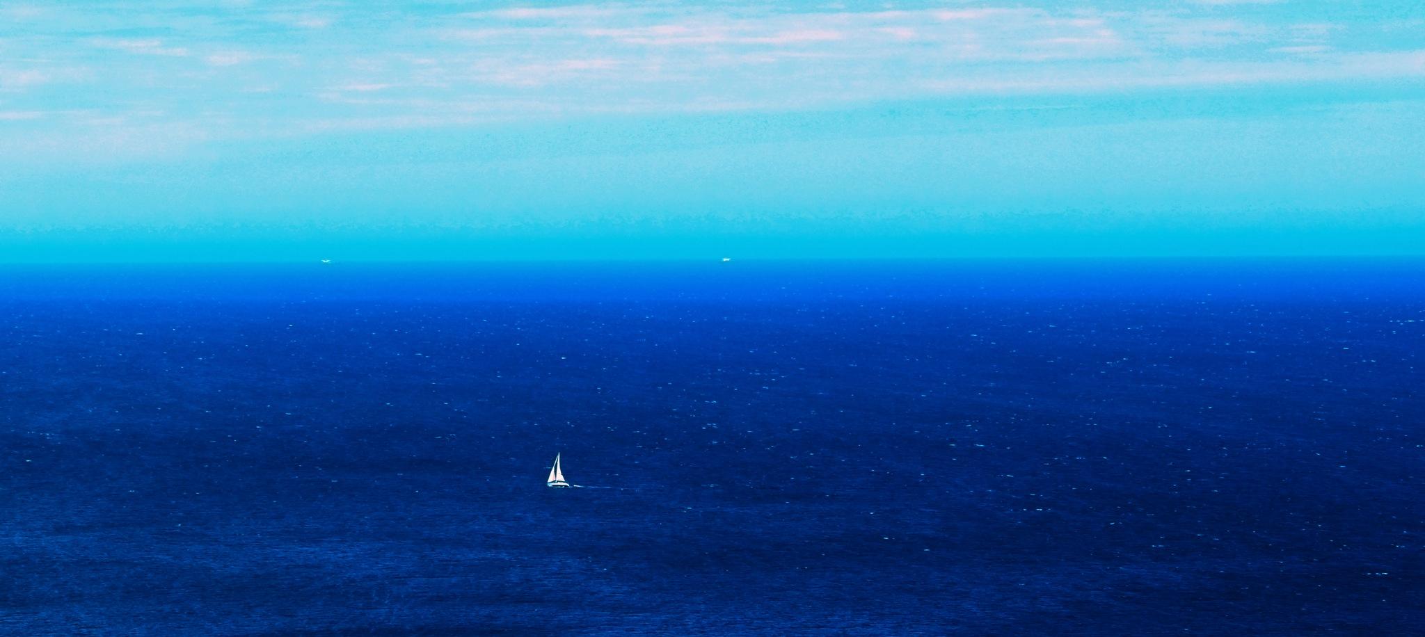 endless blues  by Loreta Tavoraite