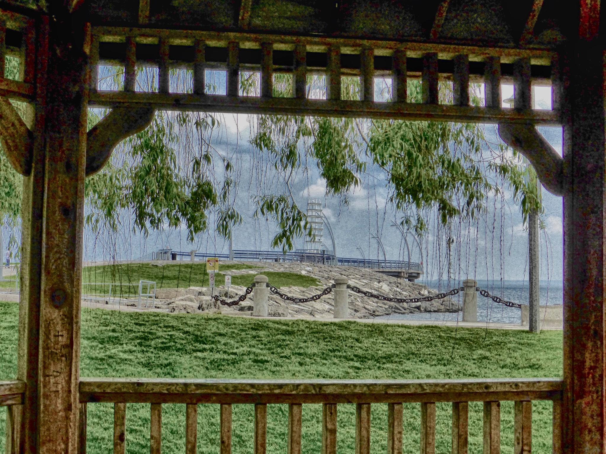 Pier Framed by gerry.lewicki