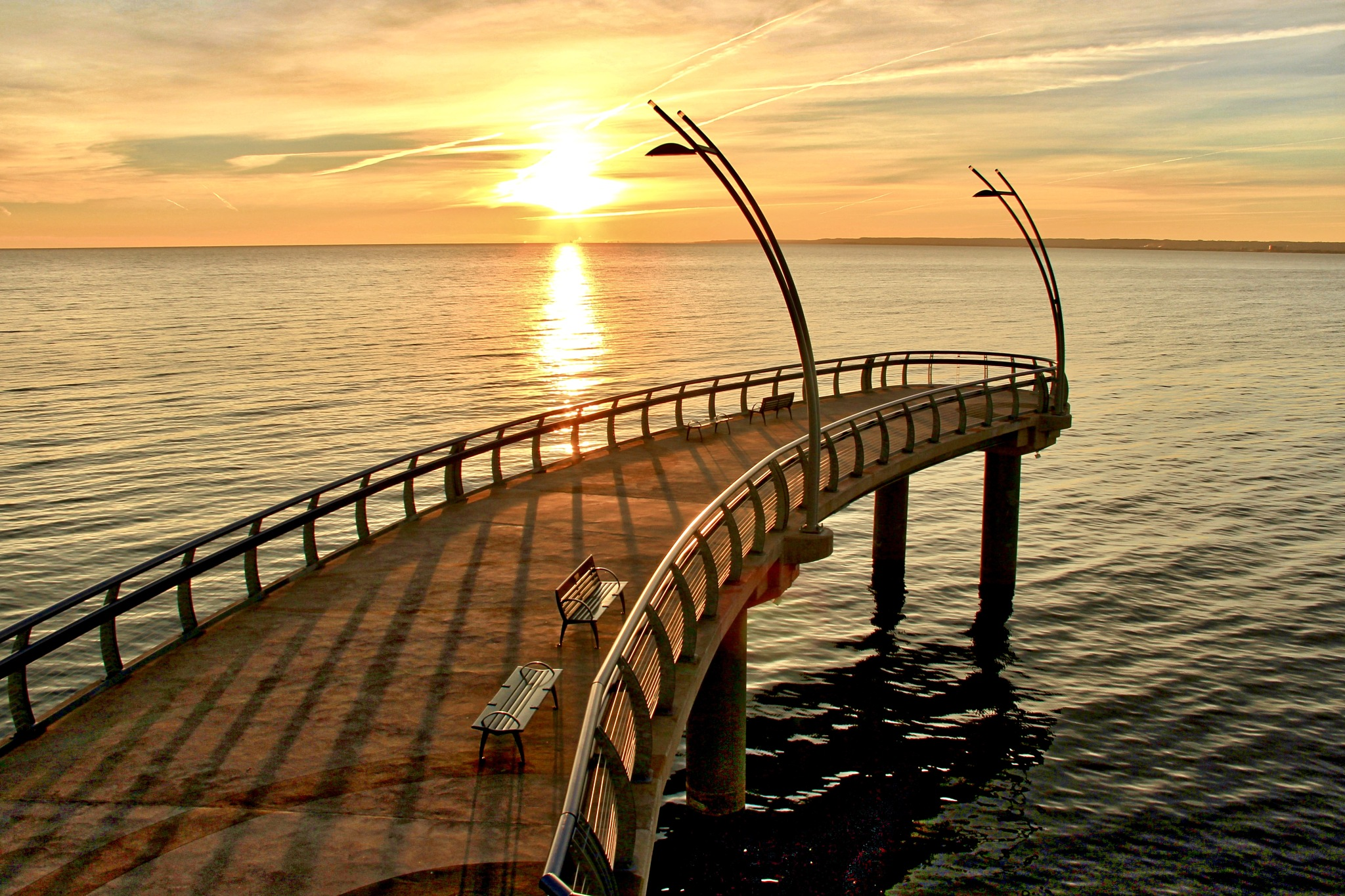 Morning Pier by gerry.lewicki